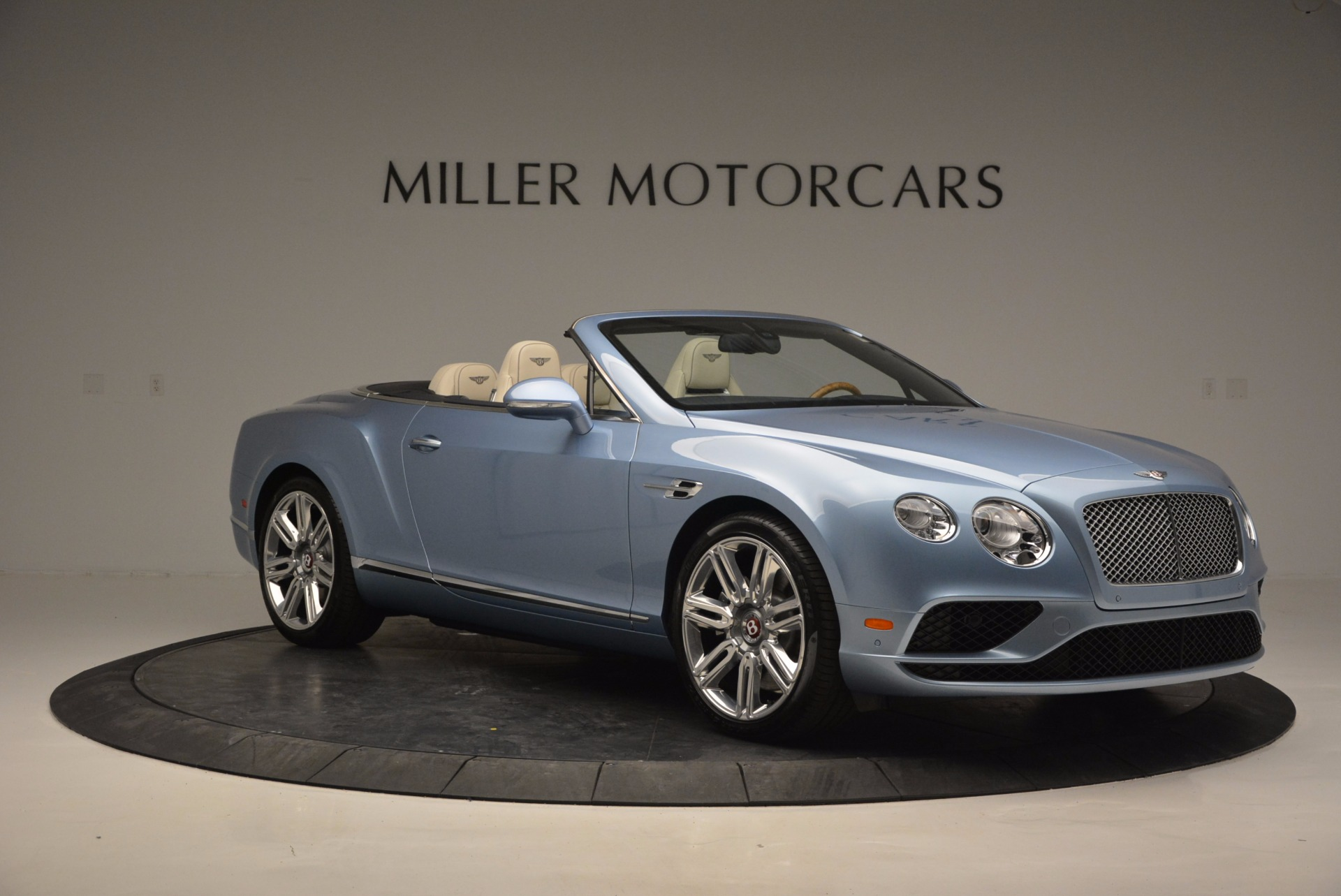 New 2017 Bentley Continental GT V8 For Sale In Greenwich, CT 768_p11