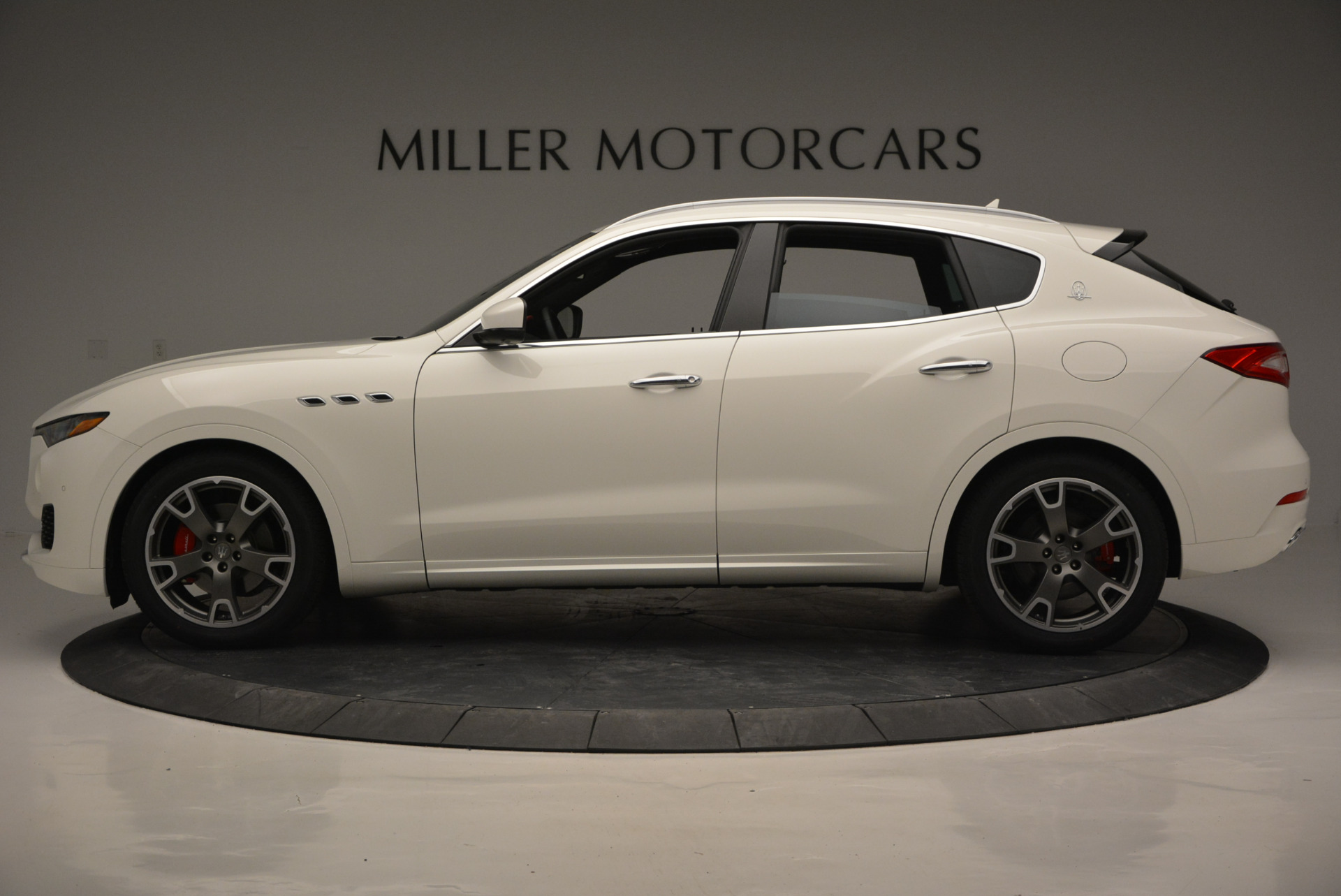 New 2017 Maserati Levante  For Sale In Greenwich, CT 772_p3
