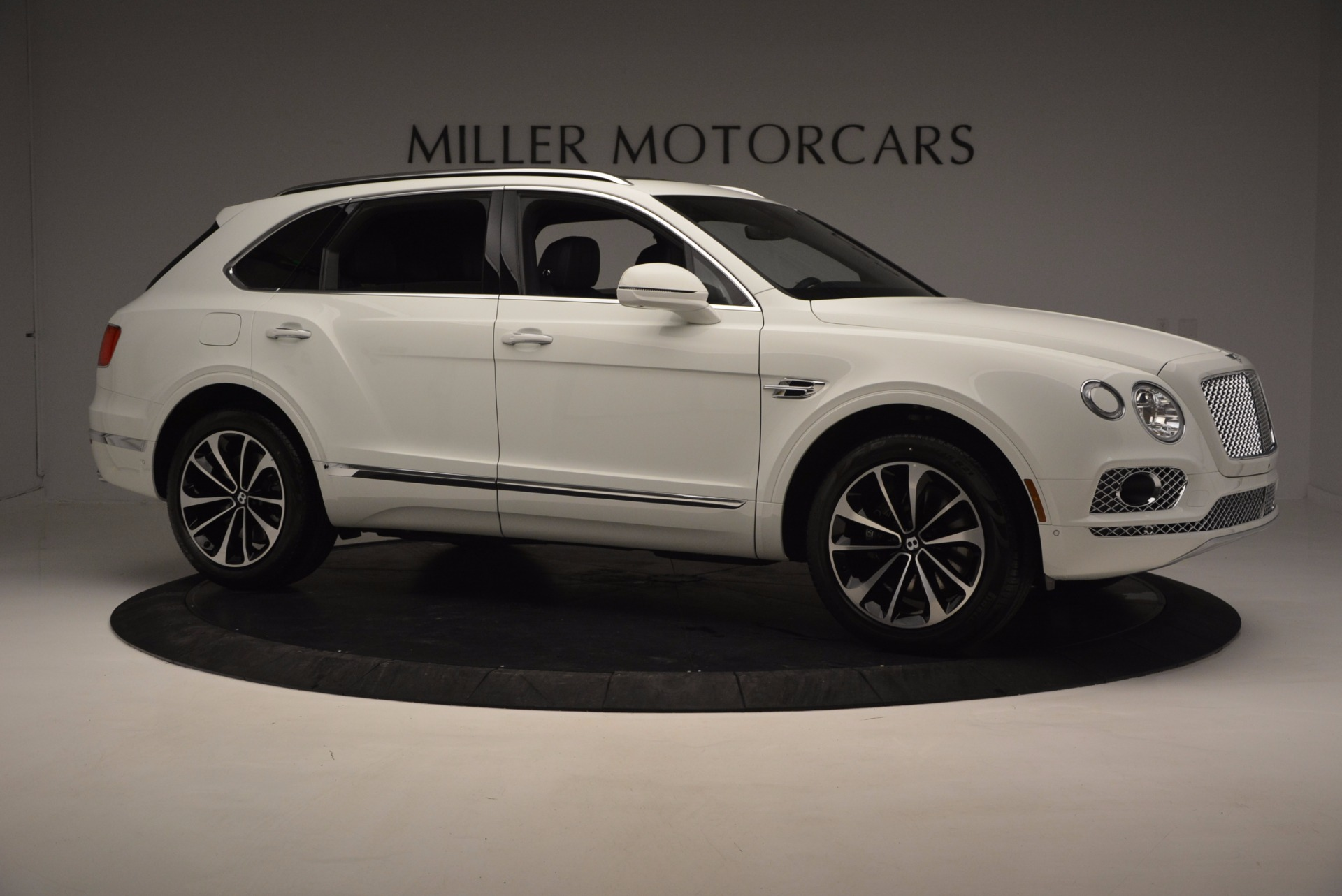 New 2017 Bentley Bentayga  For Sale In Greenwich, CT 794_p10