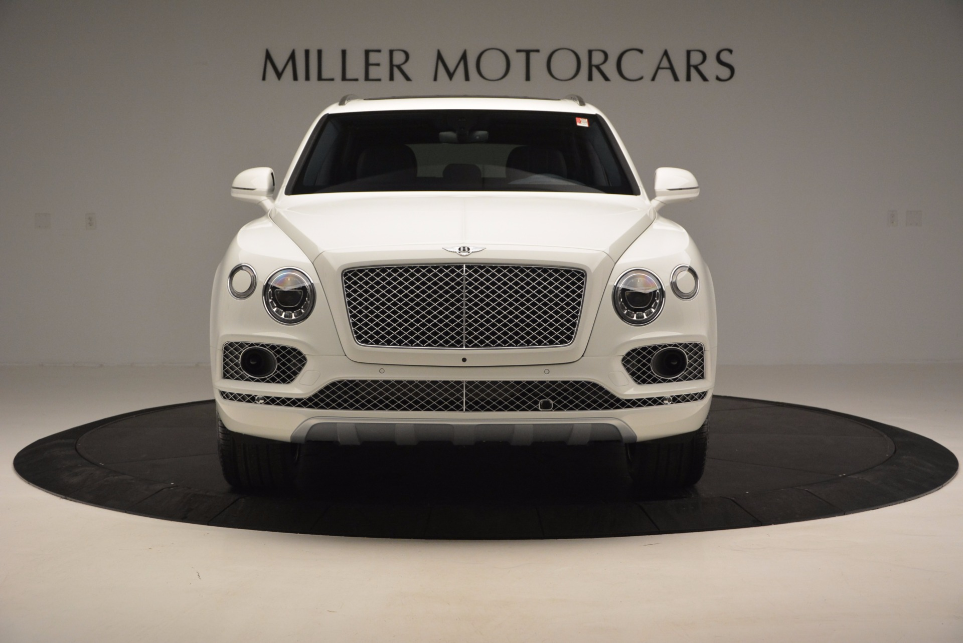 New 2017 Bentley Bentayga  For Sale In Greenwich, CT 794_p12