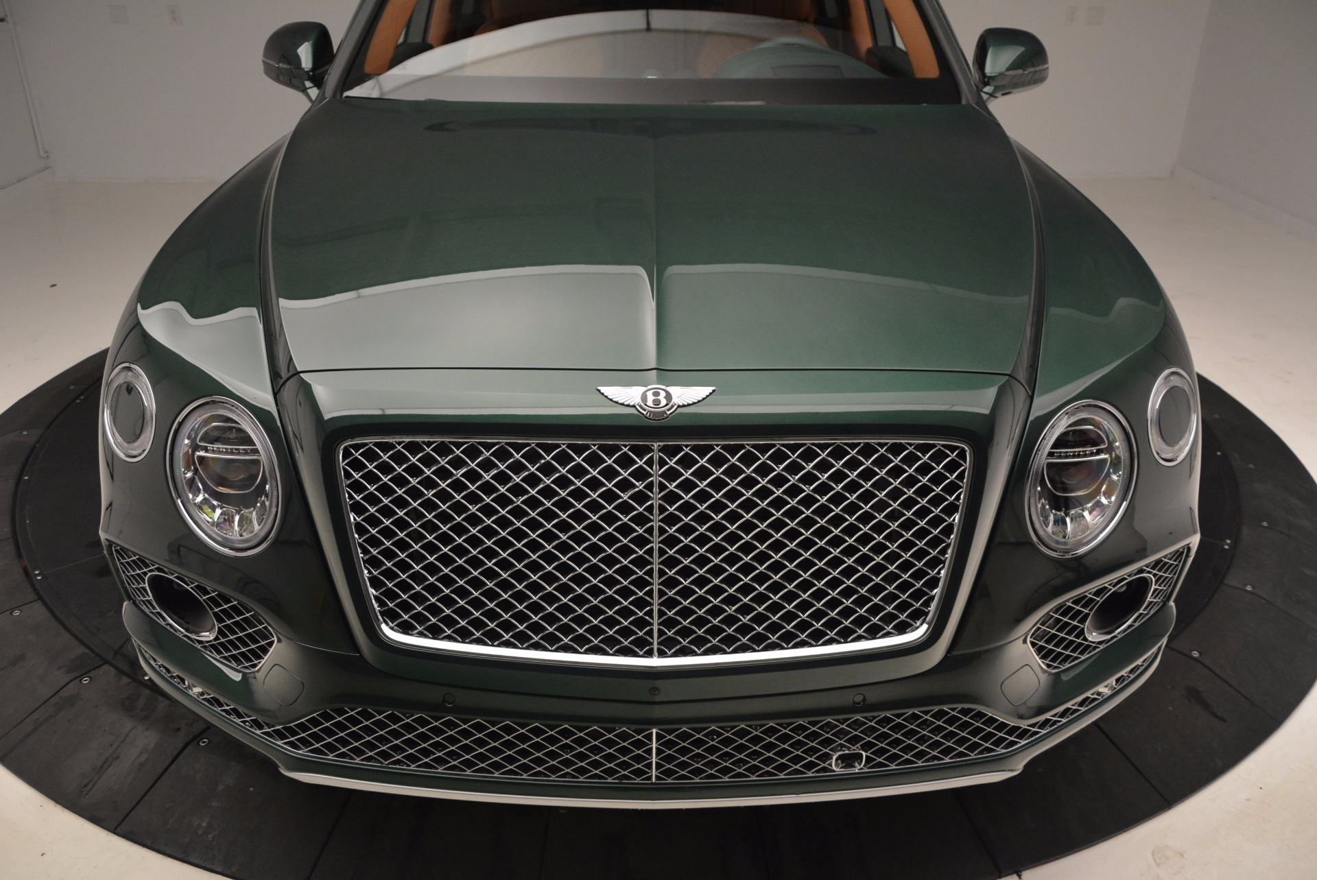 New 2017 Bentley Bentayga  For Sale In Greenwich, CT 796_p13