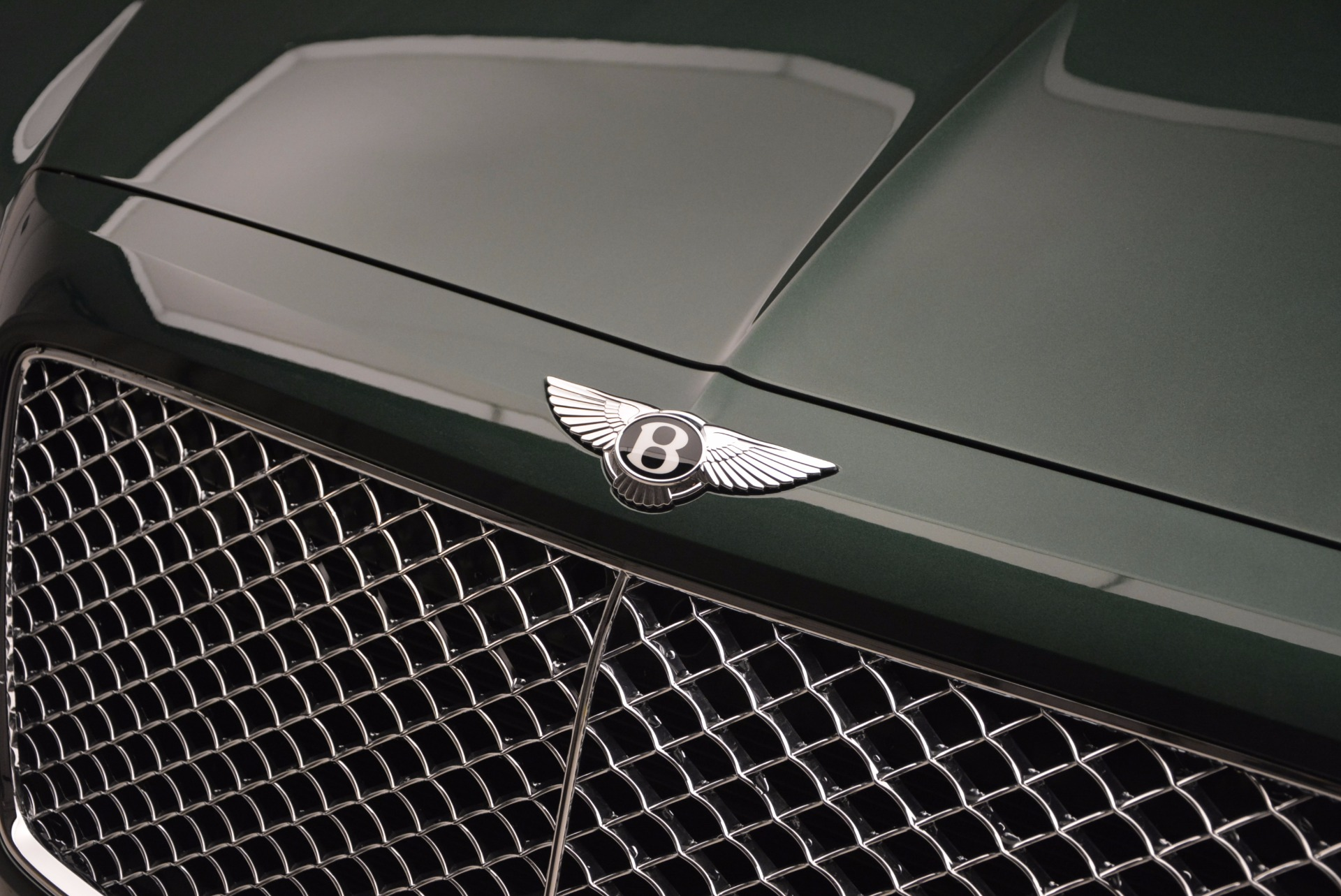 New 2017 Bentley Bentayga  For Sale In Greenwich, CT 796_p18