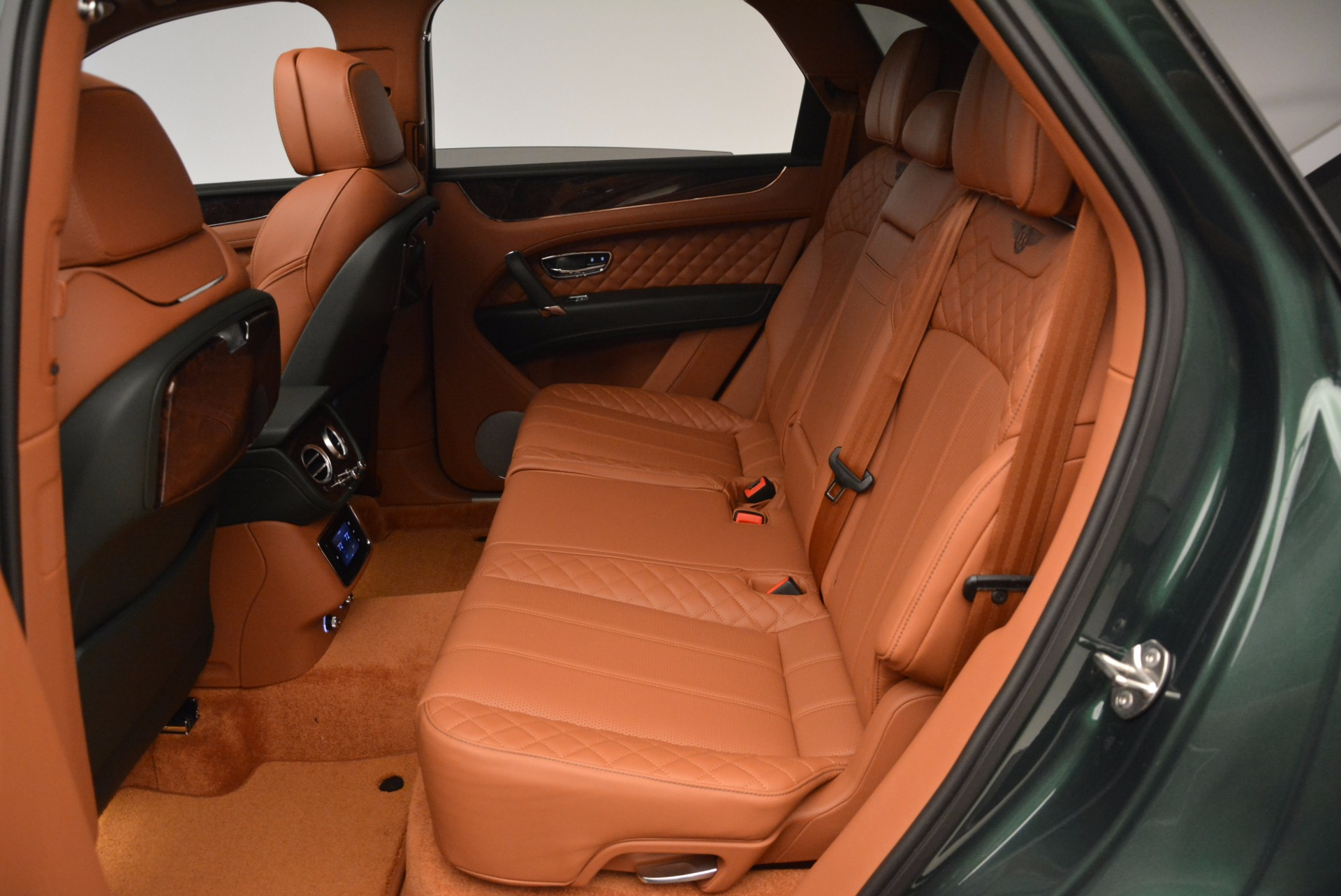 New 2017 Bentley Bentayga  For Sale In Greenwich, CT 796_p34