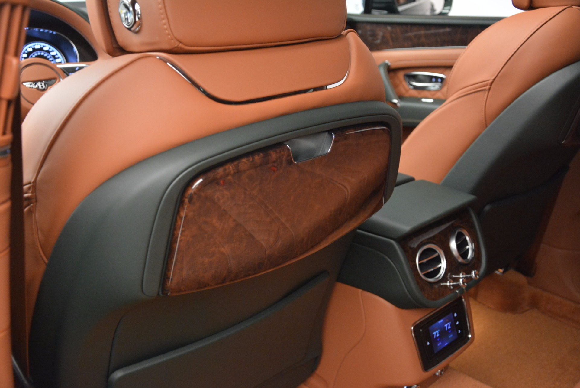 New 2017 Bentley Bentayga  For Sale In Greenwich, CT 796_p36