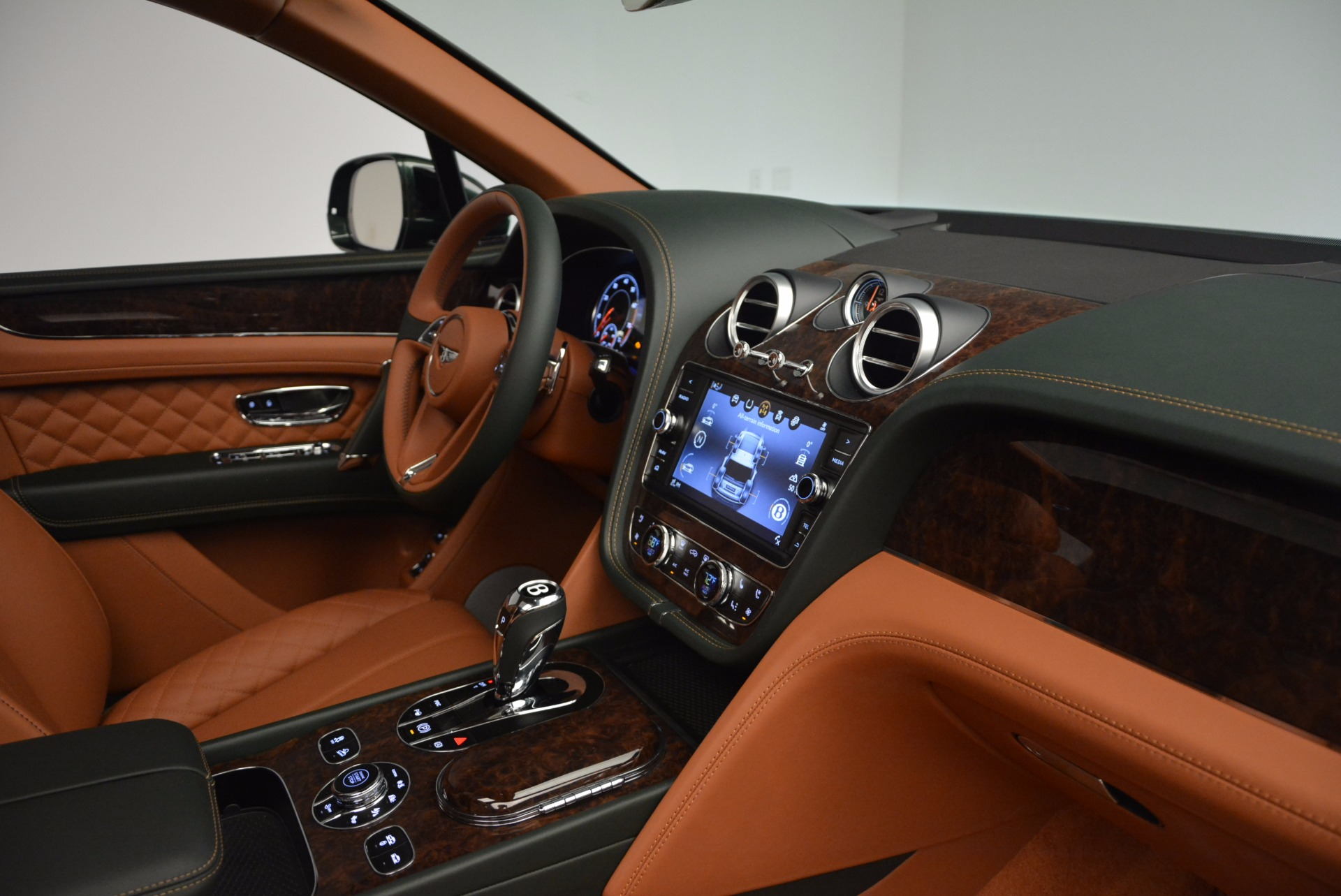 New 2017 Bentley Bentayga  For Sale In Greenwich, CT 796_p43