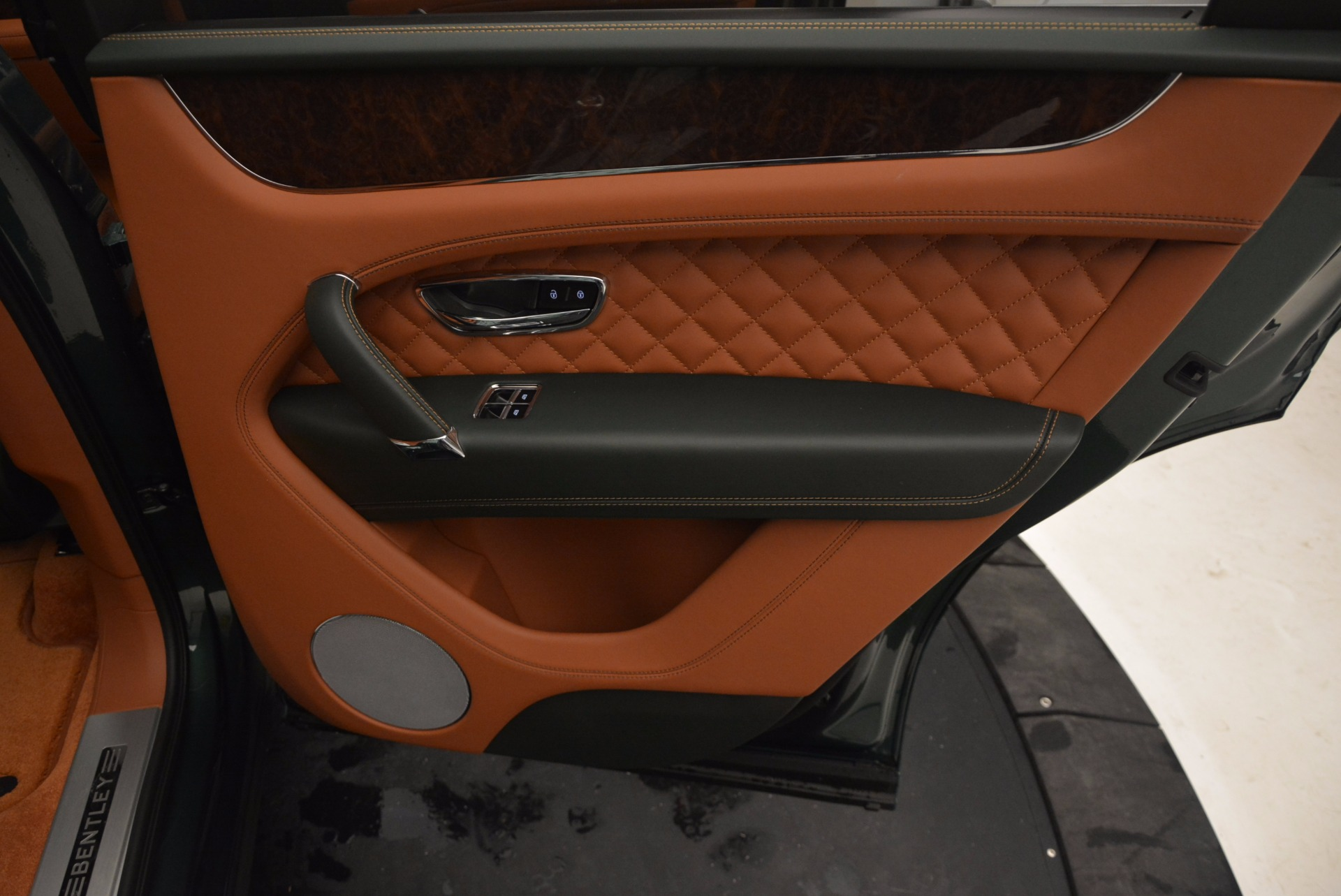 New 2017 Bentley Bentayga  For Sale In Greenwich, CT 796_p44