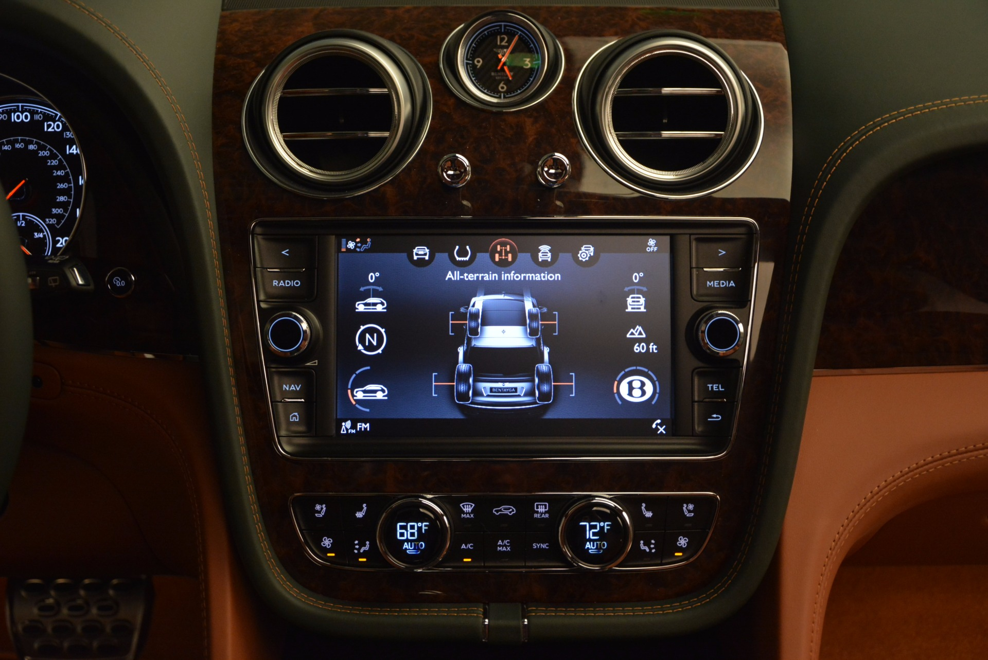 New 2017 Bentley Bentayga  For Sale In Greenwich, CT 796_p51