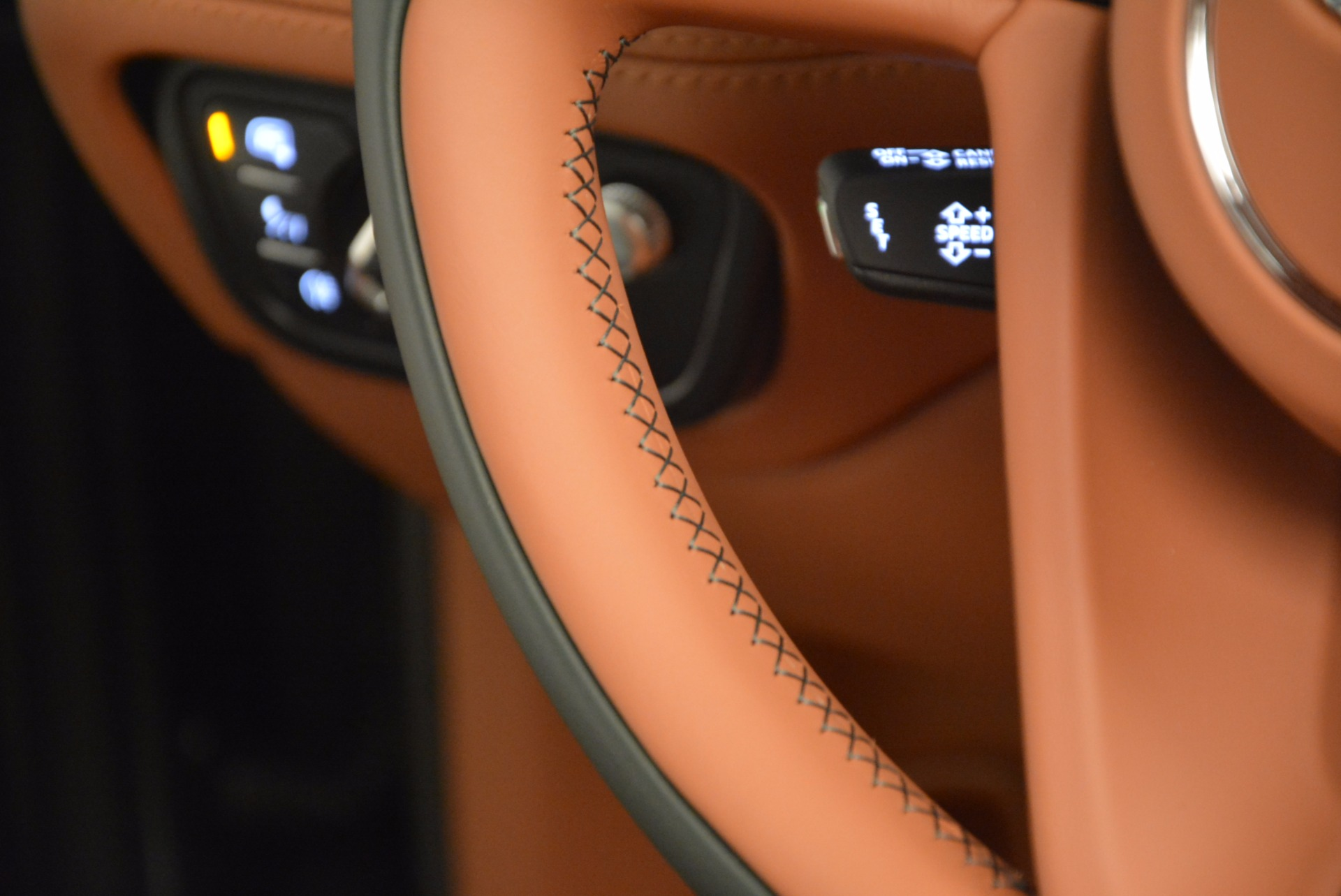 New 2017 Bentley Bentayga  For Sale In Greenwich, CT 796_p56
