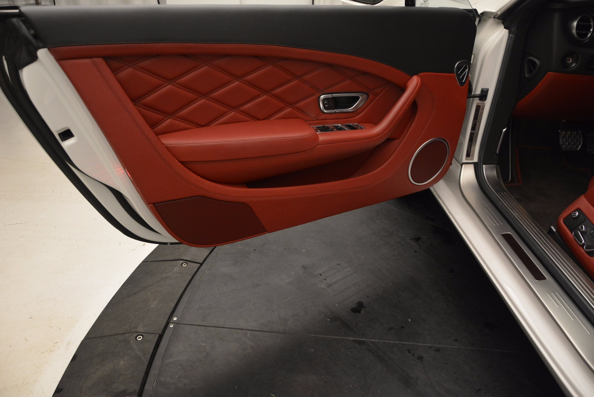 Used 2013 Bentley Continental GT V8 For Sale In Greenwich, CT 802_p24