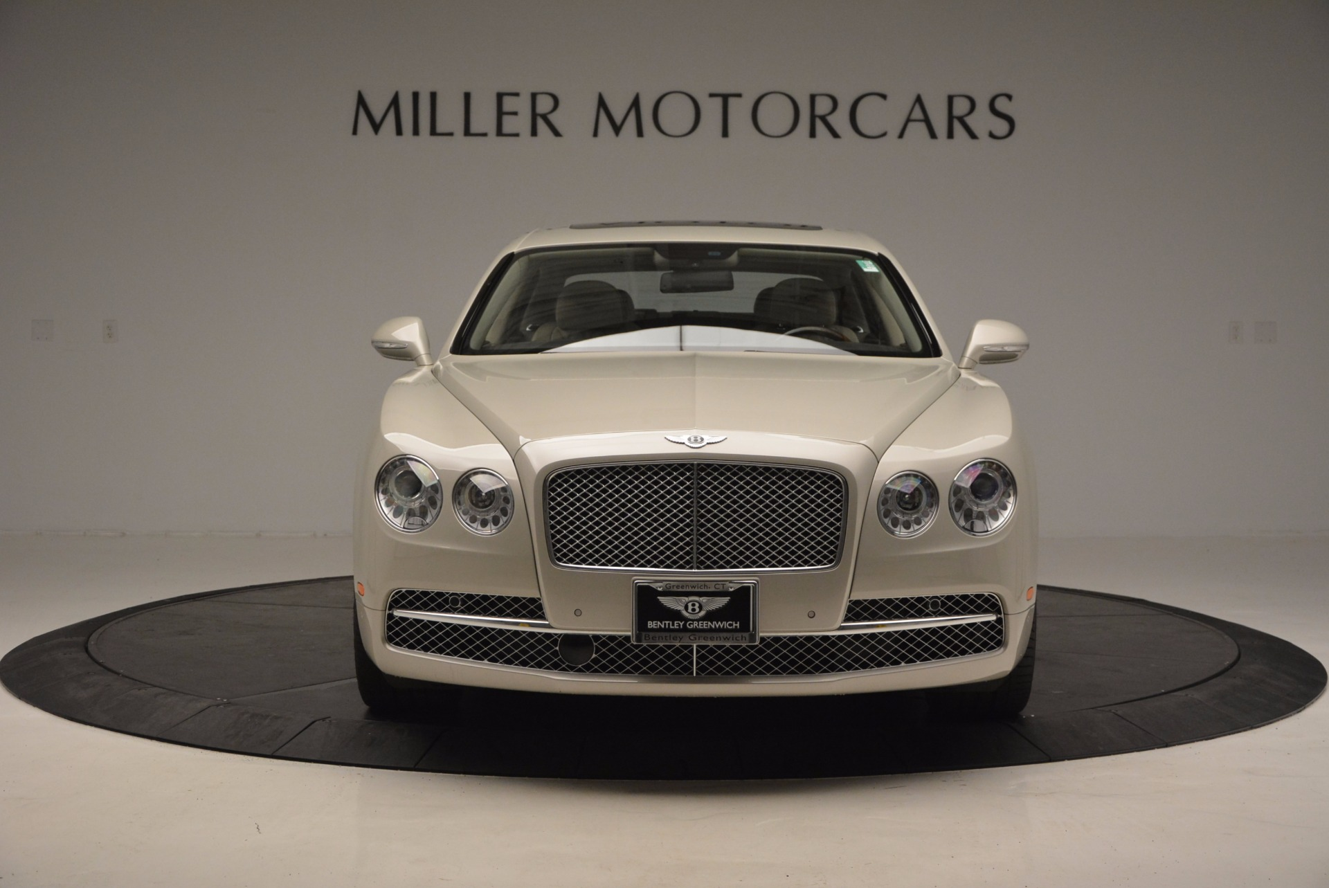 Used 2016 Bentley Flying Spur W12  For Sale In Greenwich, CT 804_p13