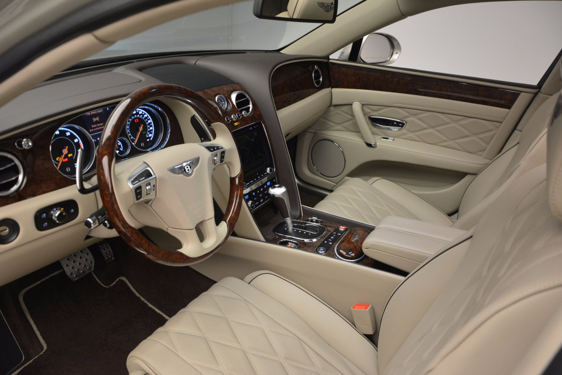 Used 2016 Bentley Flying Spur W12  For Sale In Greenwich, CT 804_p31