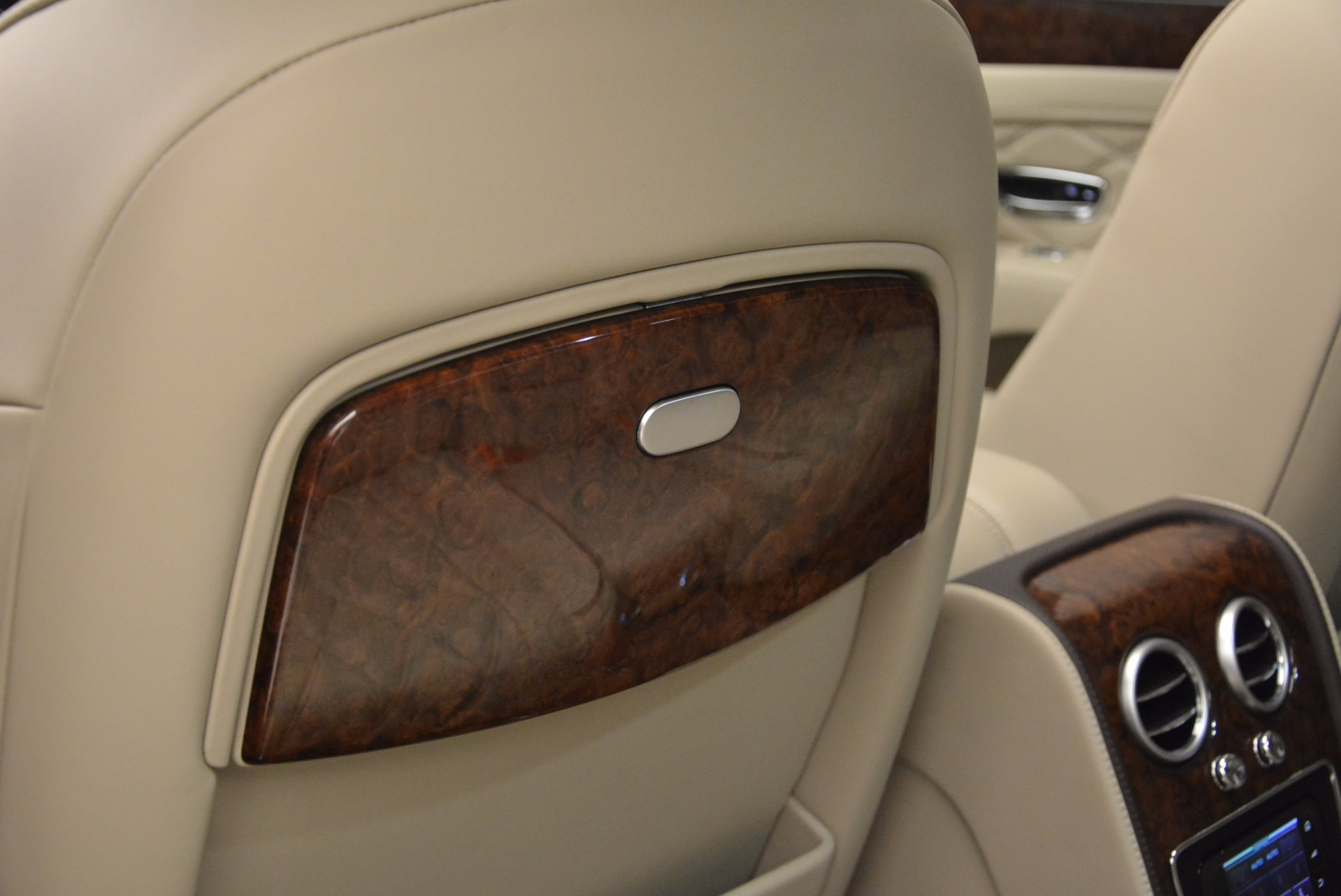 Used 2016 Bentley Flying Spur W12  For Sale In Greenwich, CT 804_p38