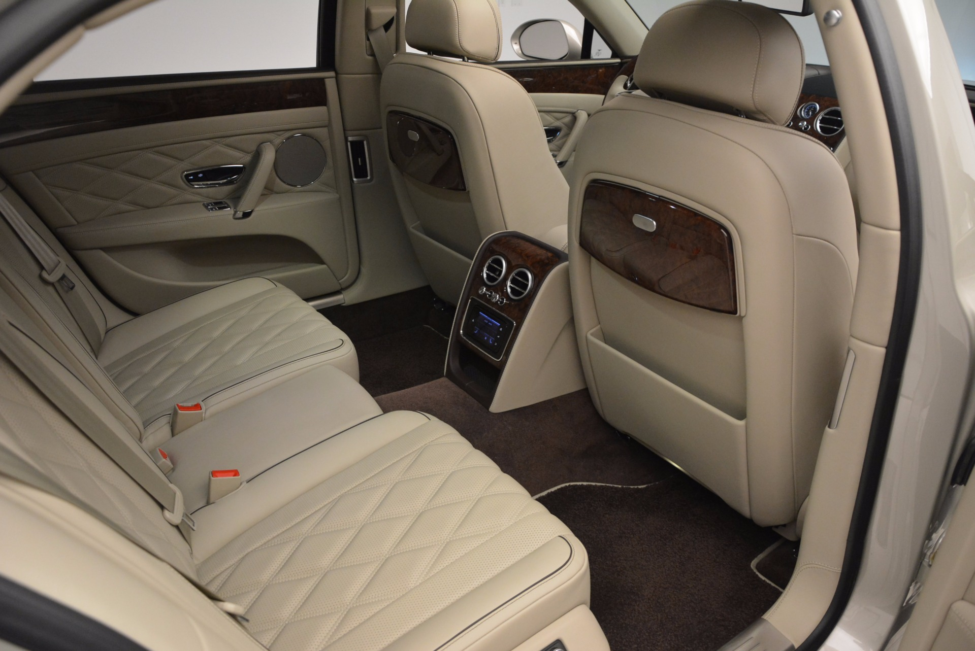 Used 2016 Bentley Flying Spur W12  For Sale In Greenwich, CT 804_p52