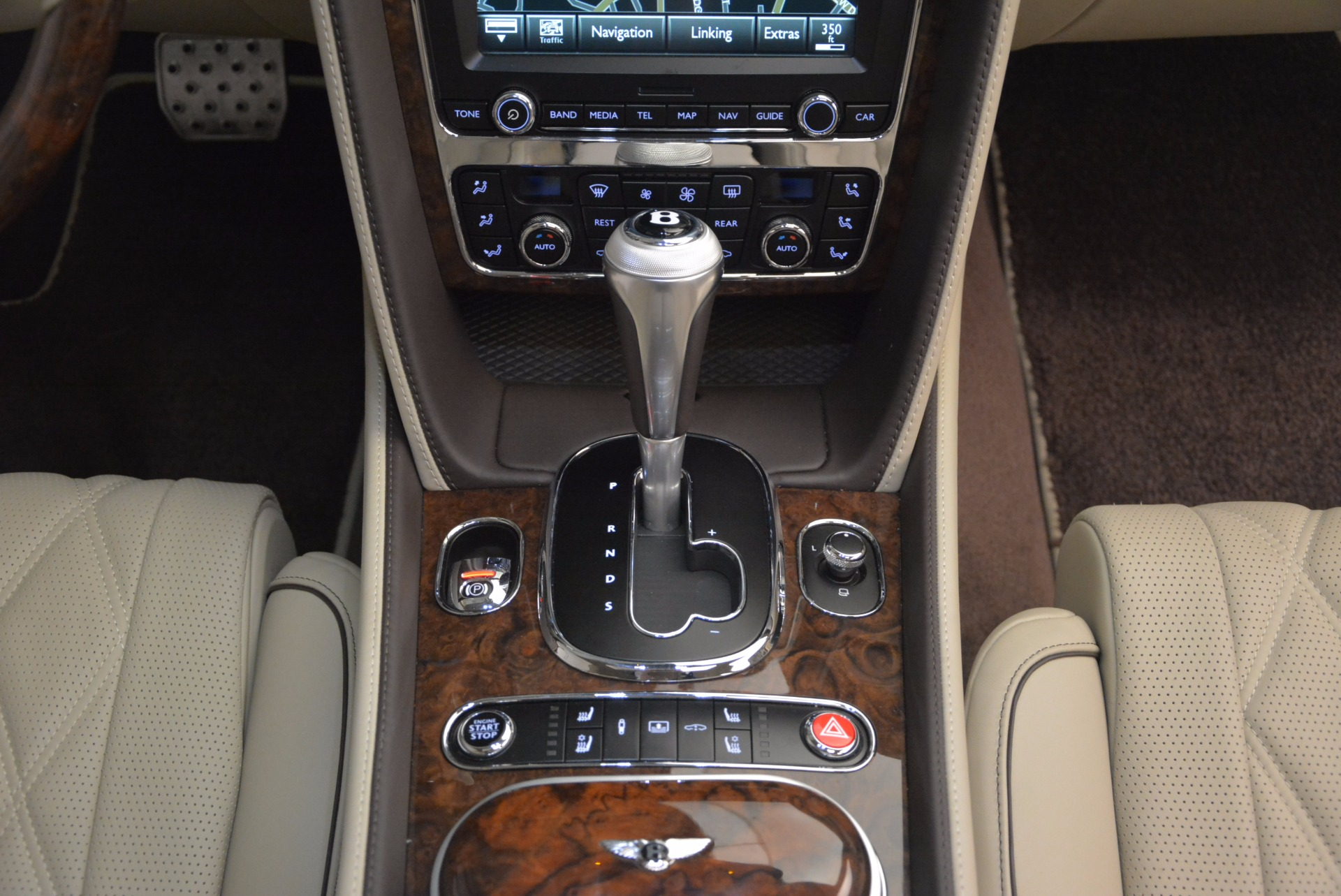Used 2016 Bentley Flying Spur W12  For Sale In Greenwich, CT 804_p57