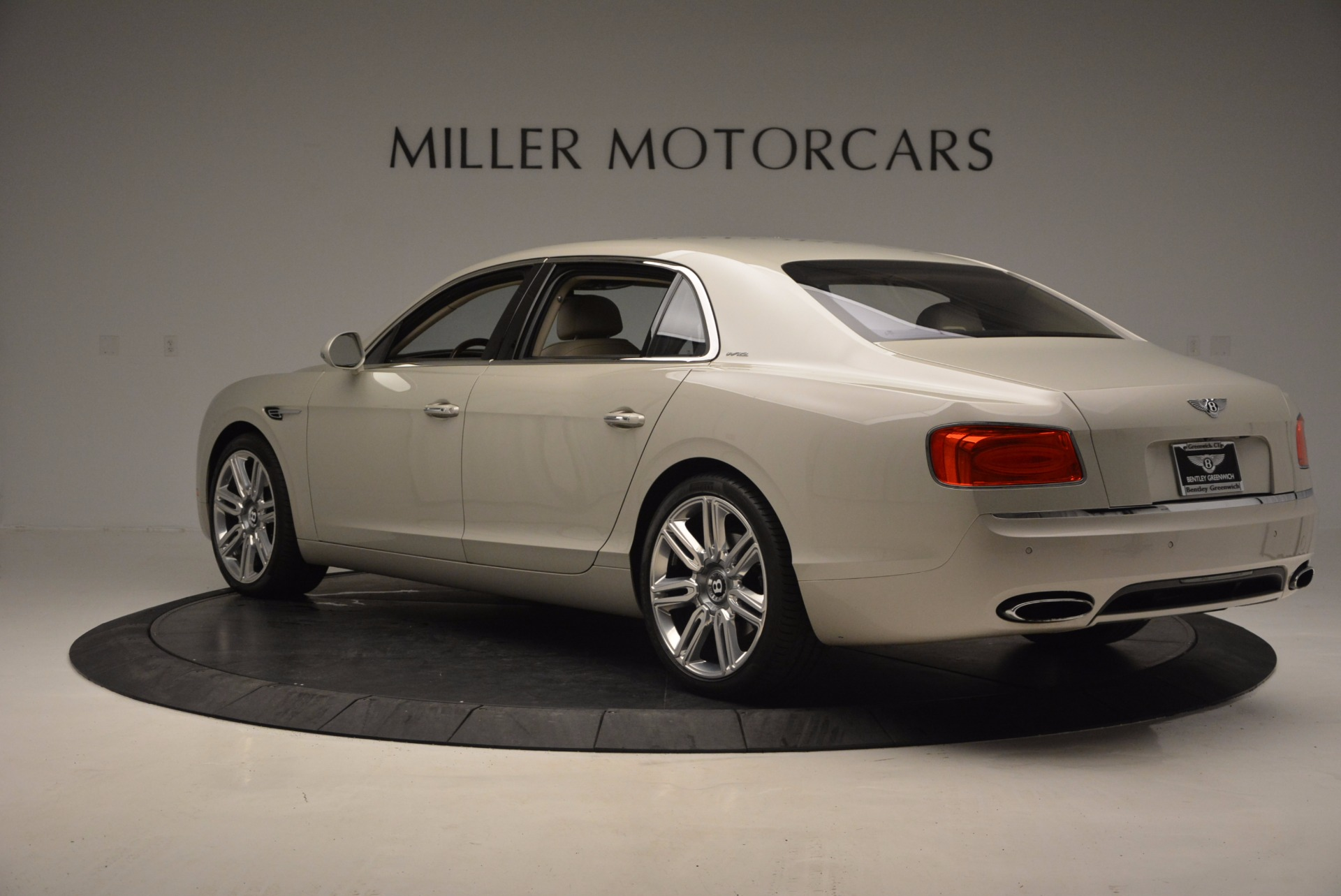 Used 2016 Bentley Flying Spur W12  For Sale In Greenwich, CT 804_p5