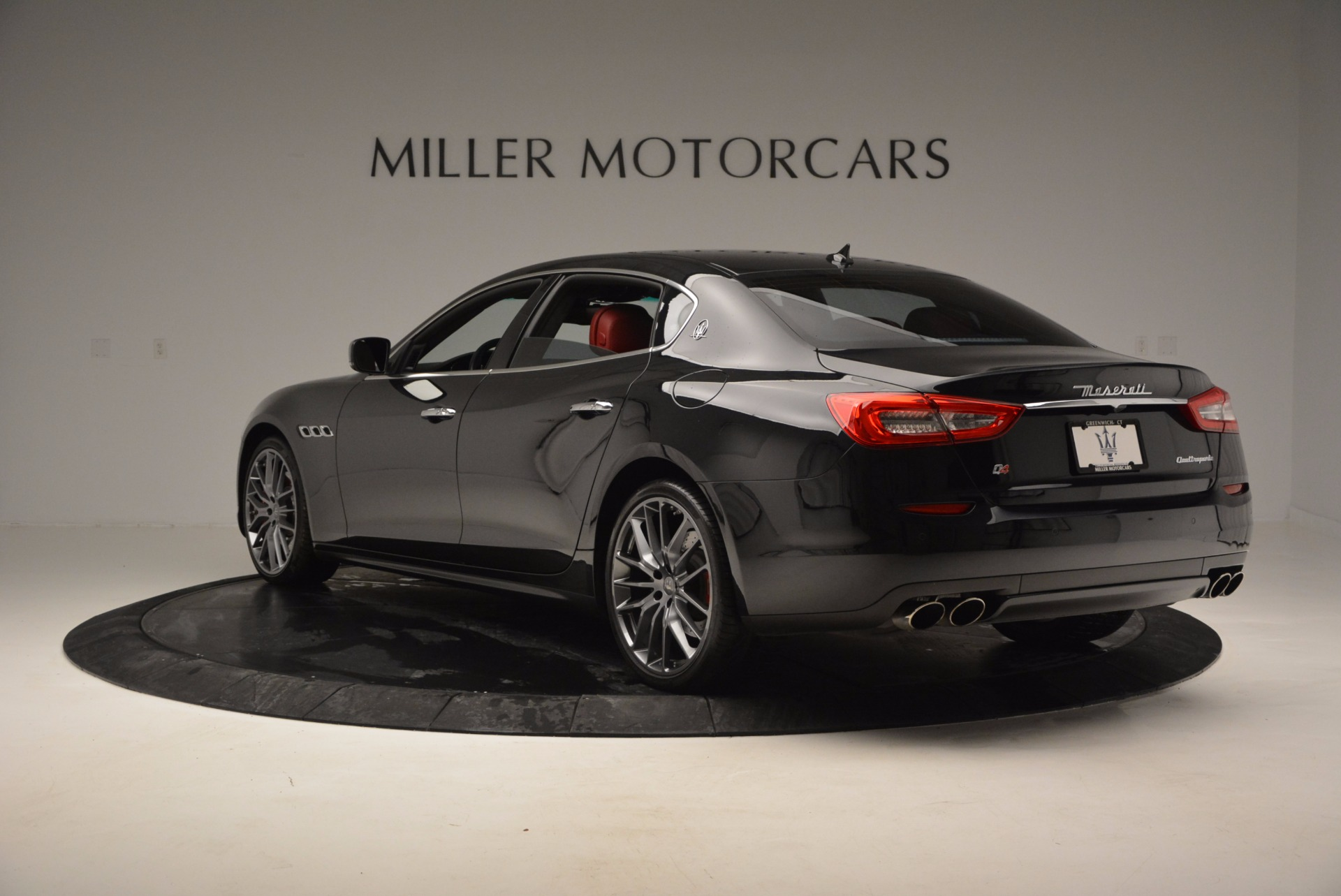 Used 2015 Maserati Quattroporte S Q4 For Sale In Greenwich, CT 809_p5