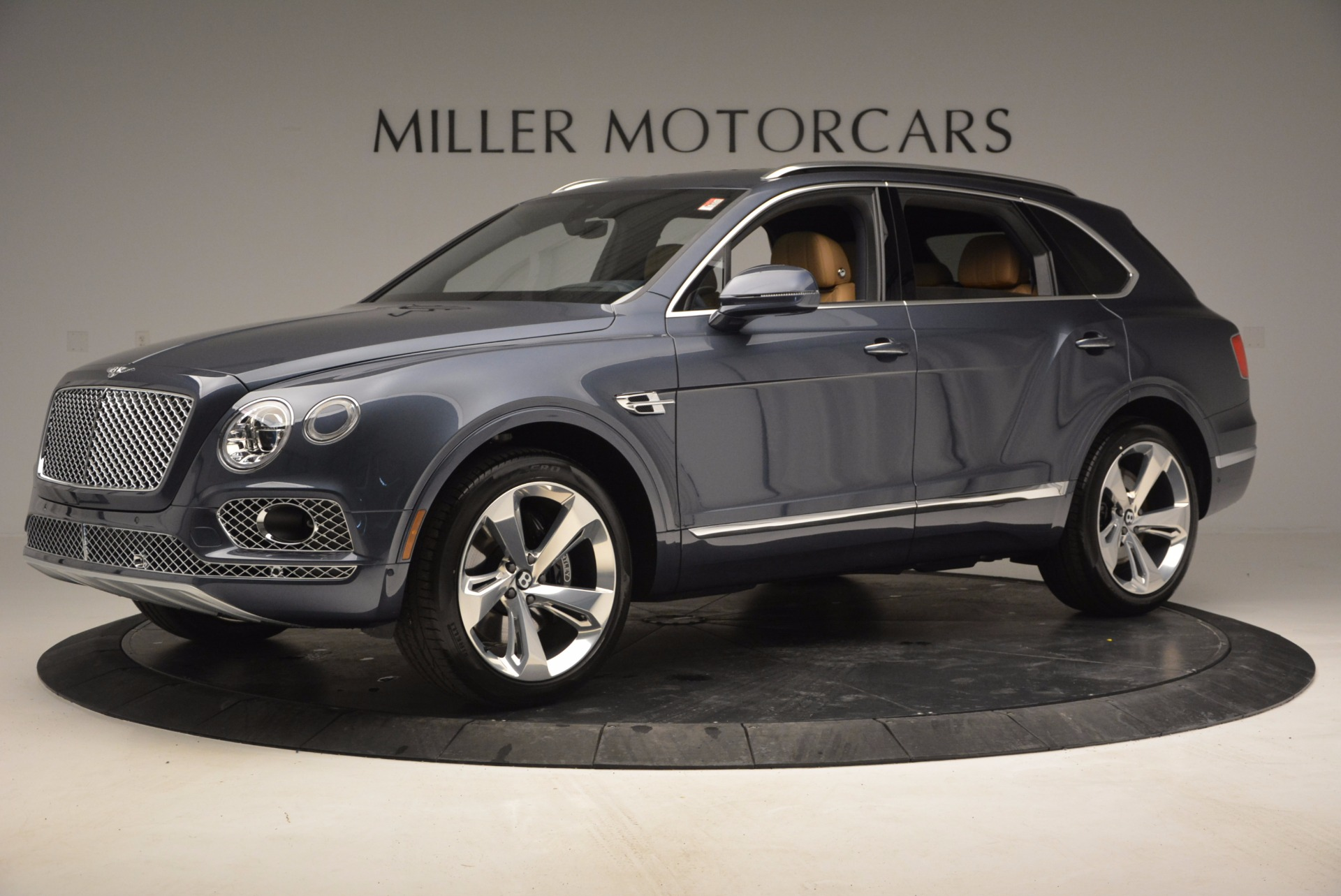 New 2017 Bentley Bentayga  For Sale In Greenwich, CT 810_p2