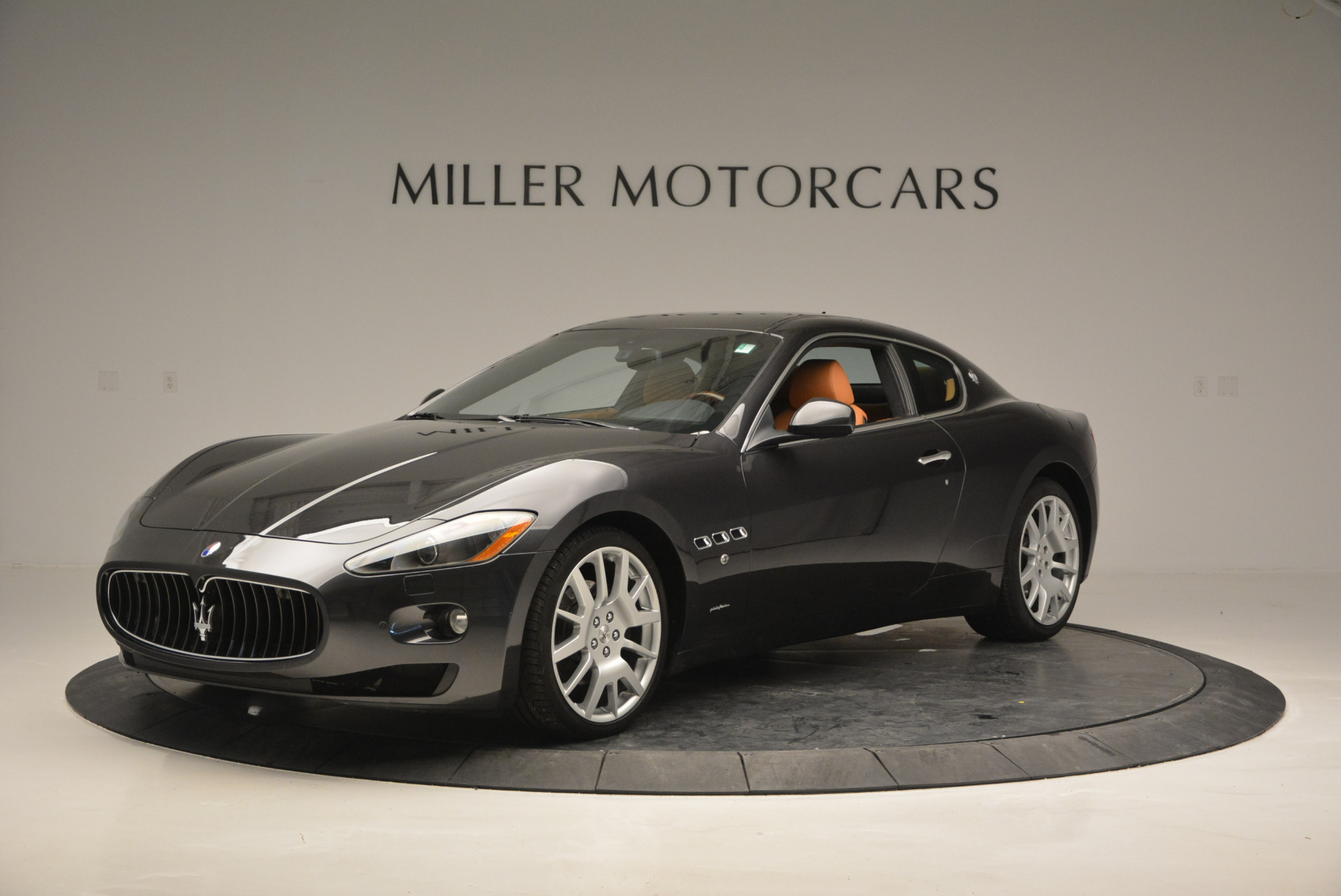 Used 2011 Maserati GranTurismo  For Sale In Greenwich, CT 816_p2