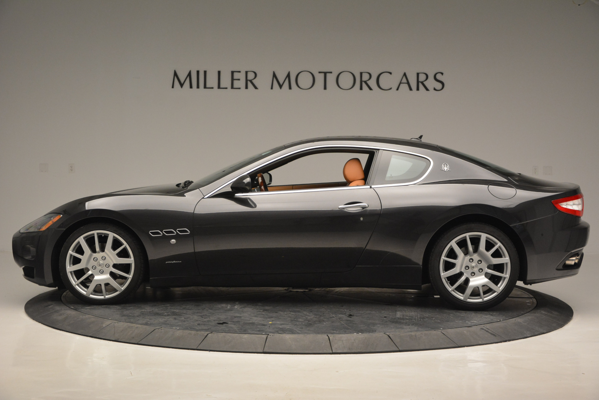 Used 2011 Maserati GranTurismo  For Sale In Greenwich, CT 816_p3