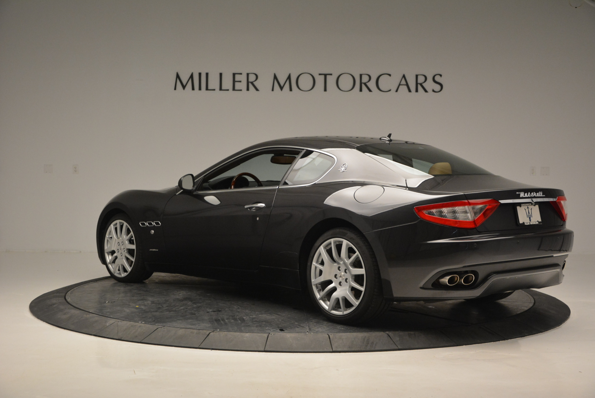 Used 2011 Maserati GranTurismo  For Sale In Greenwich, CT 816_p4
