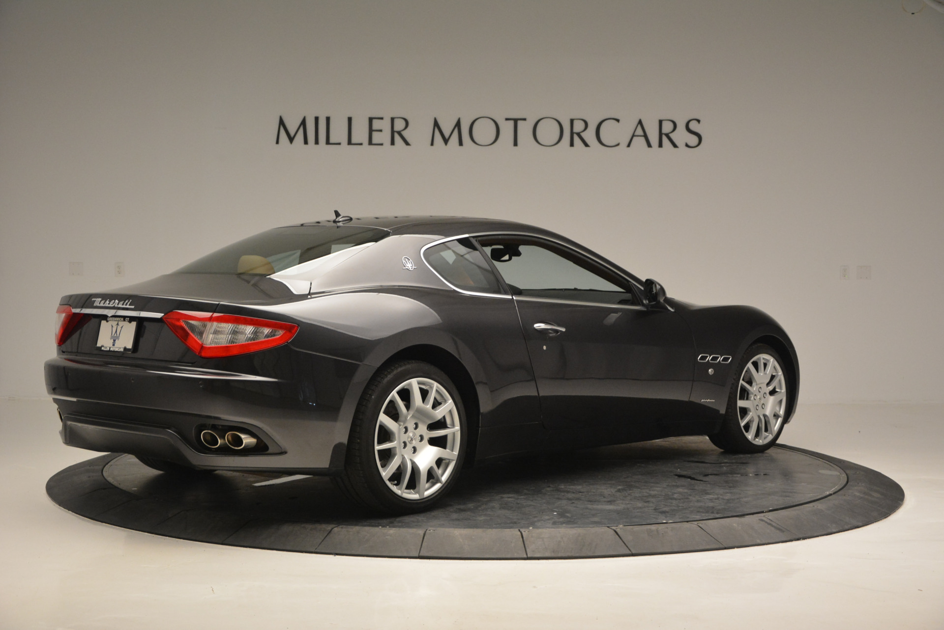 Used 2011 Maserati GranTurismo  For Sale In Greenwich, CT 816_p8