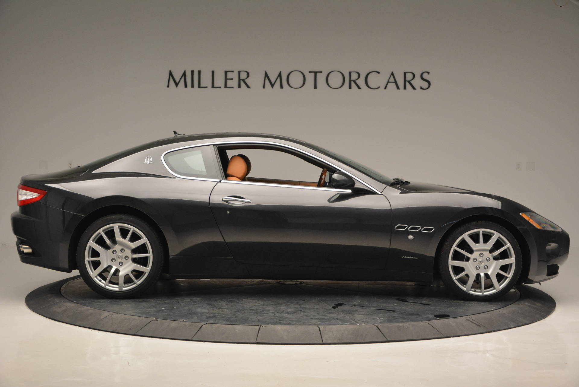 Used 2011 Maserati GranTurismo  For Sale In Greenwich, CT 816_p9