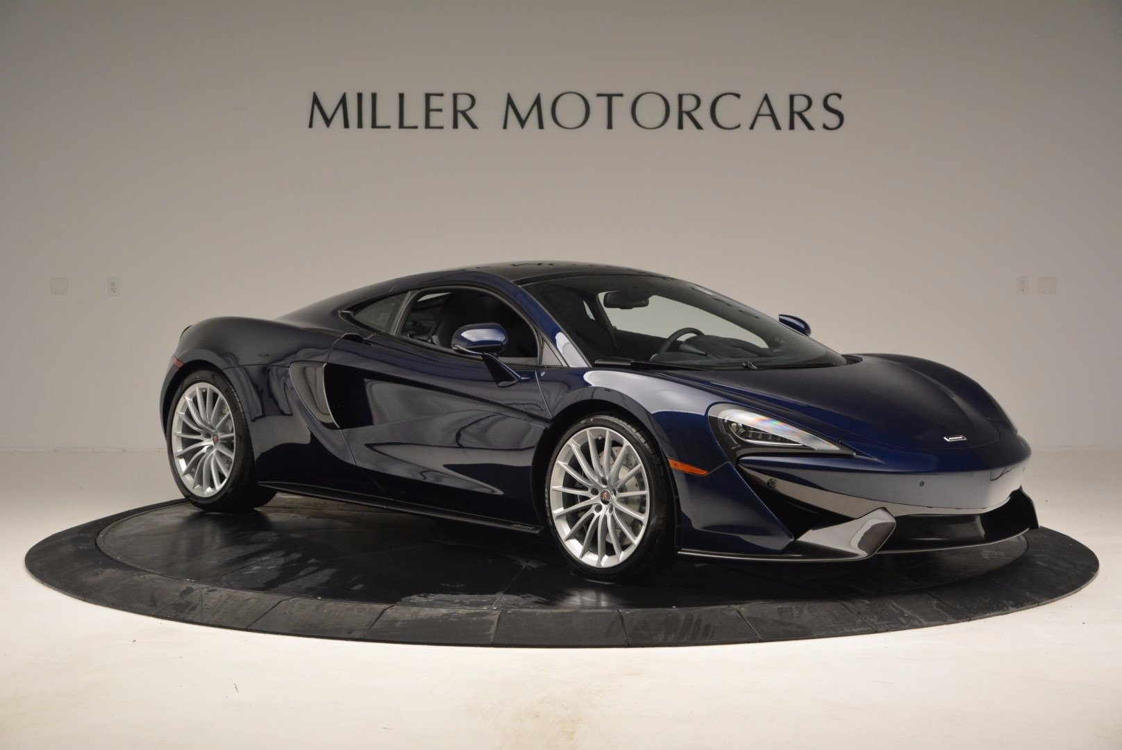 New 2017 McLaren 570GT  For Sale In Greenwich, CT 832_p10