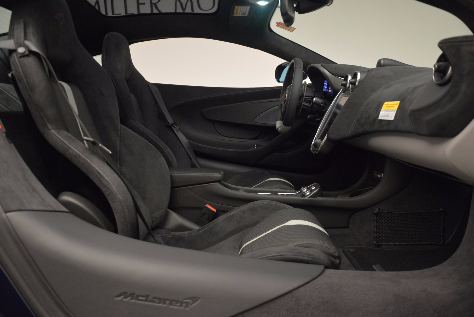 New 2017 McLaren 570GT  For Sale In Greenwich, CT 832_p20