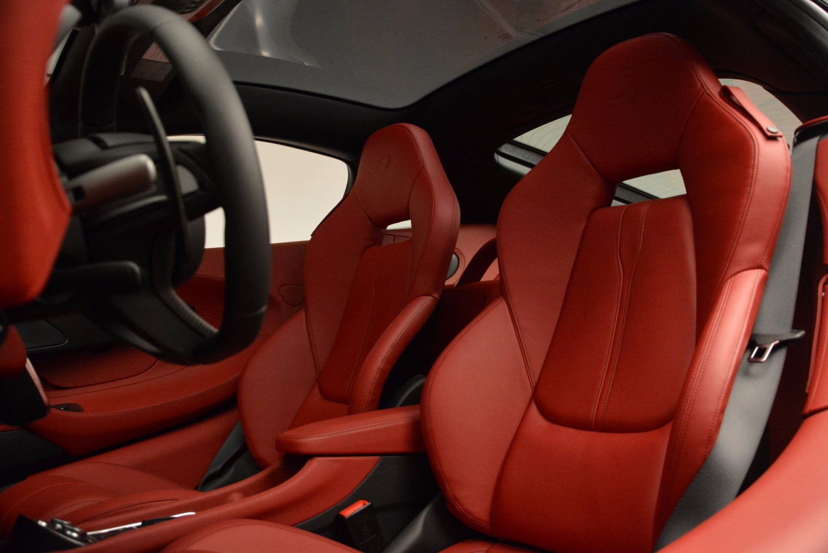 Used 2017 McLaren 570GT  For Sale In Greenwich, CT 834_p18