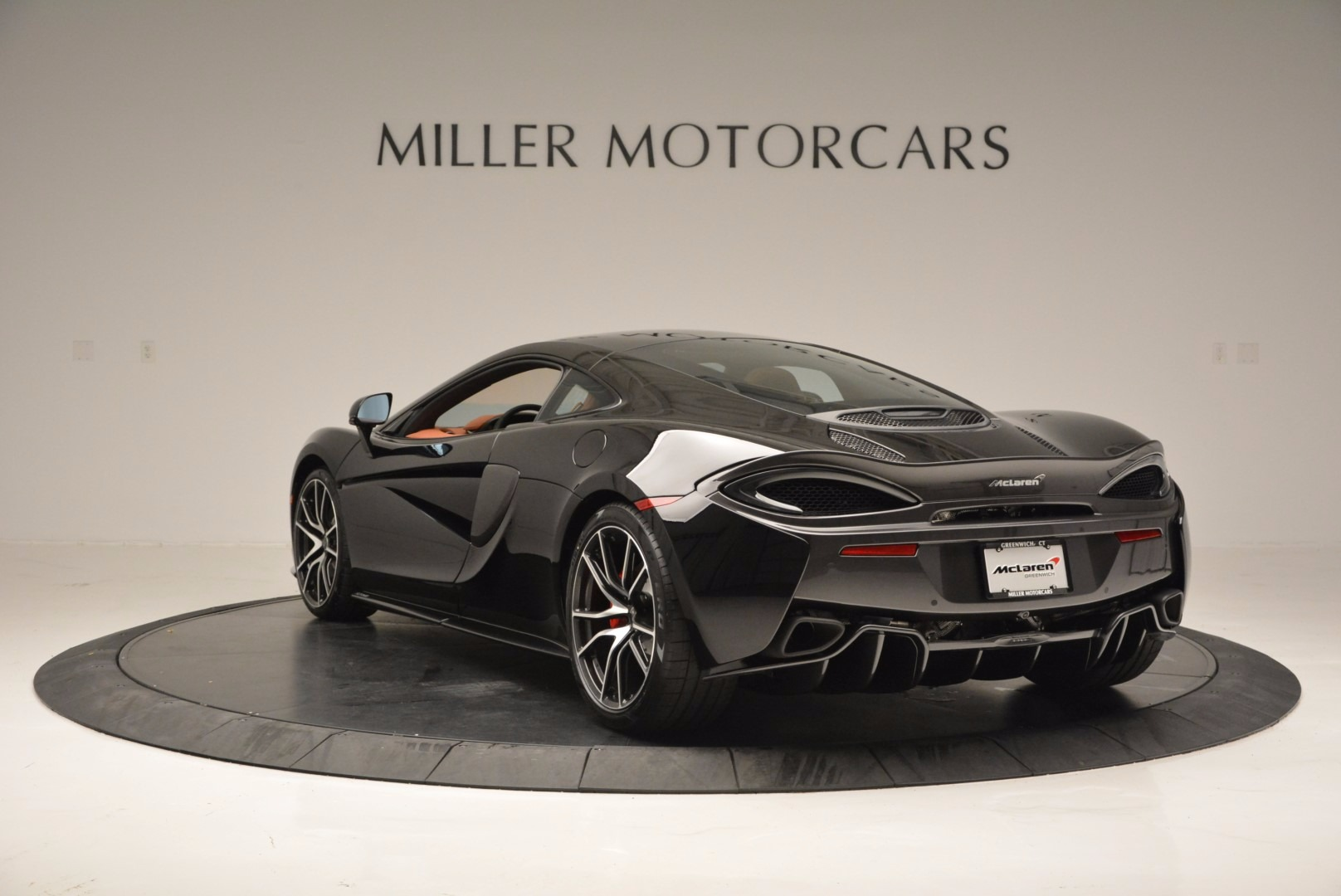 Used 2017 McLaren 570GT  For Sale In Greenwich, CT 836_p5