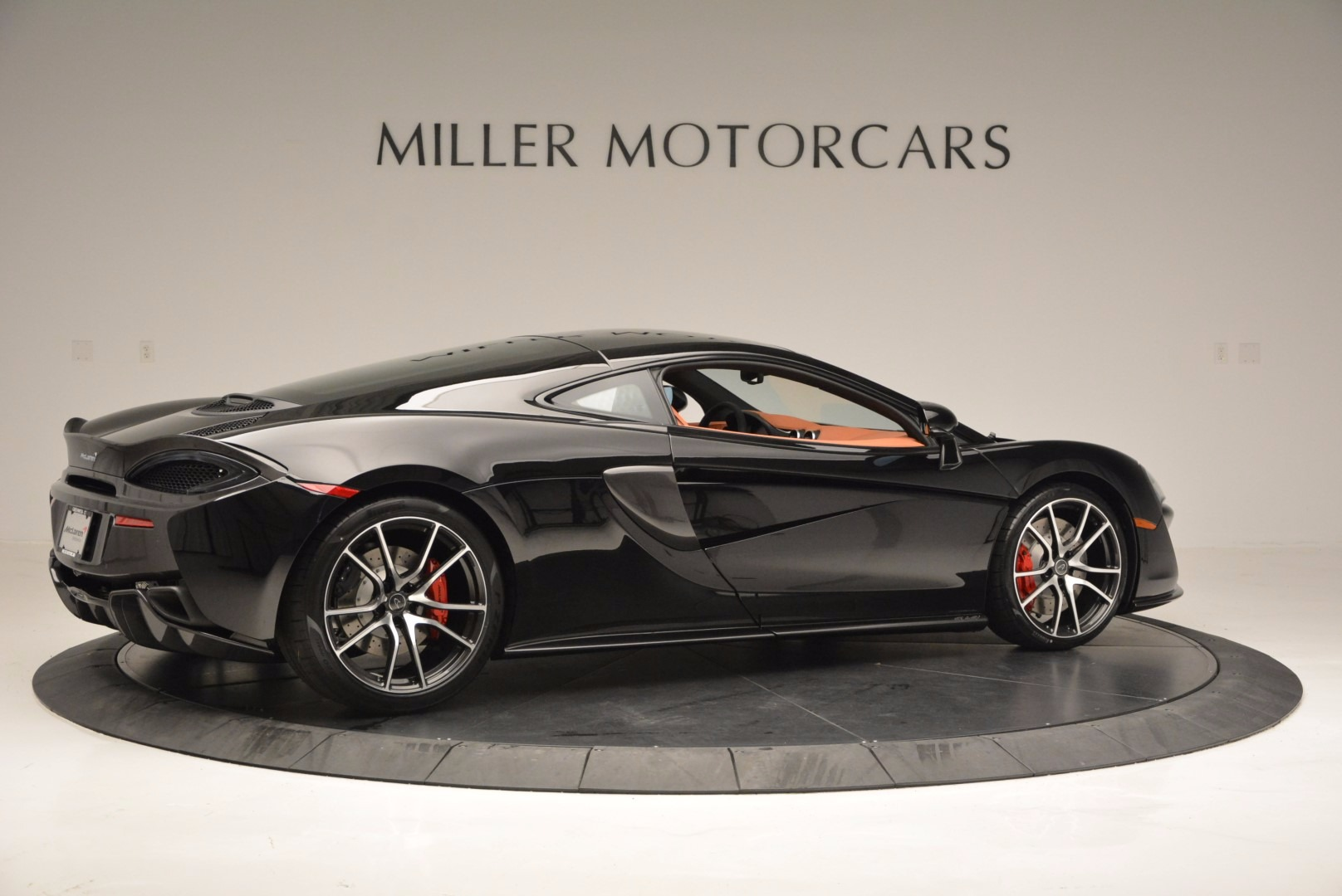 Used 2017 McLaren 570GT  For Sale In Greenwich, CT 836_p8