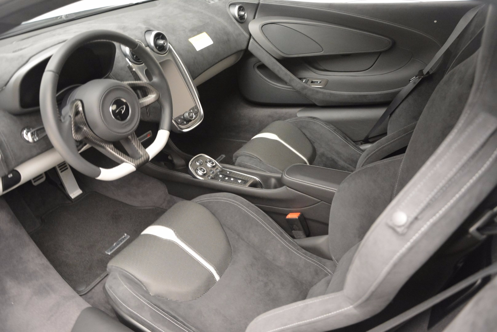 Used 2017 McLaren 570S  For Sale In Greenwich, CT 842_p15