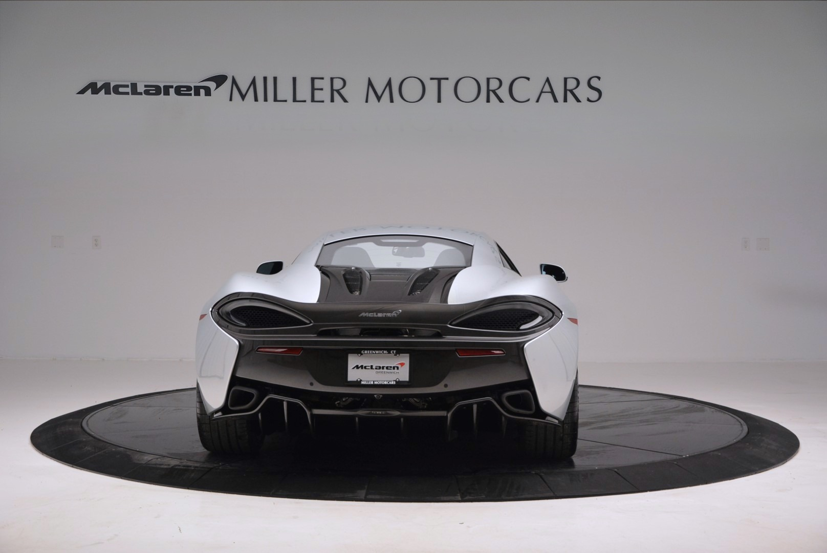 Used 2017 McLaren 570S  For Sale In Greenwich, CT 842_p6