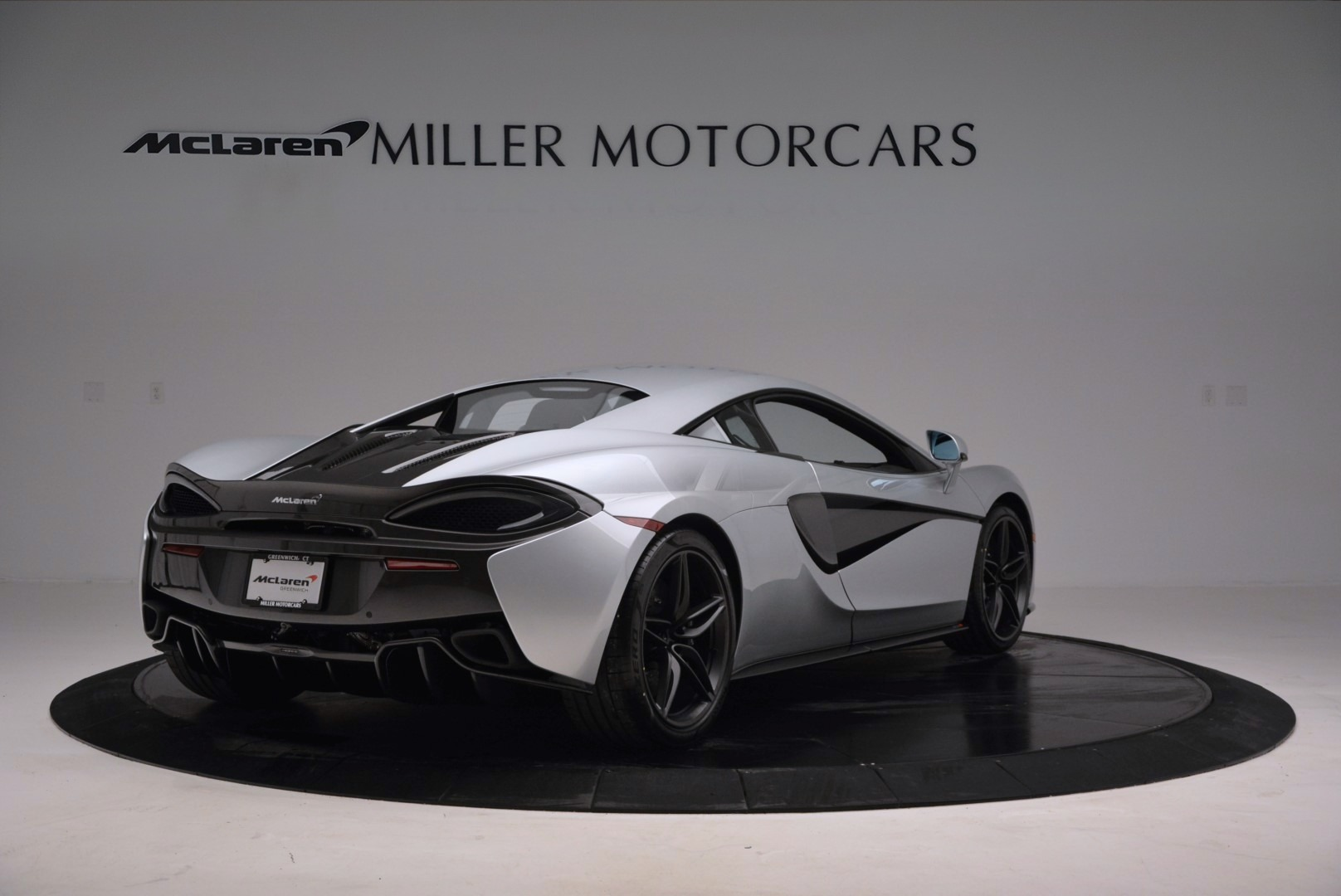 Used 2017 McLaren 570S  For Sale In Greenwich, CT 842_p7