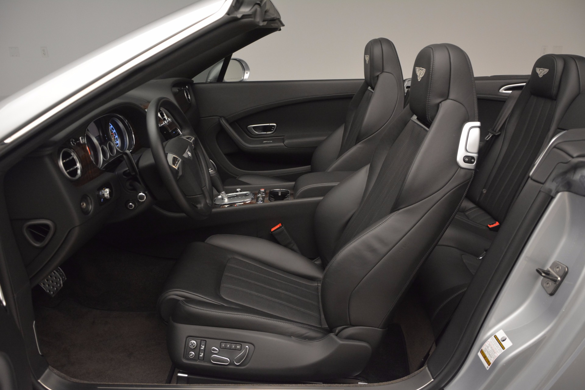 Used 2013 Bentley Continental GT V8 For Sale In Greenwich, CT 844_p36