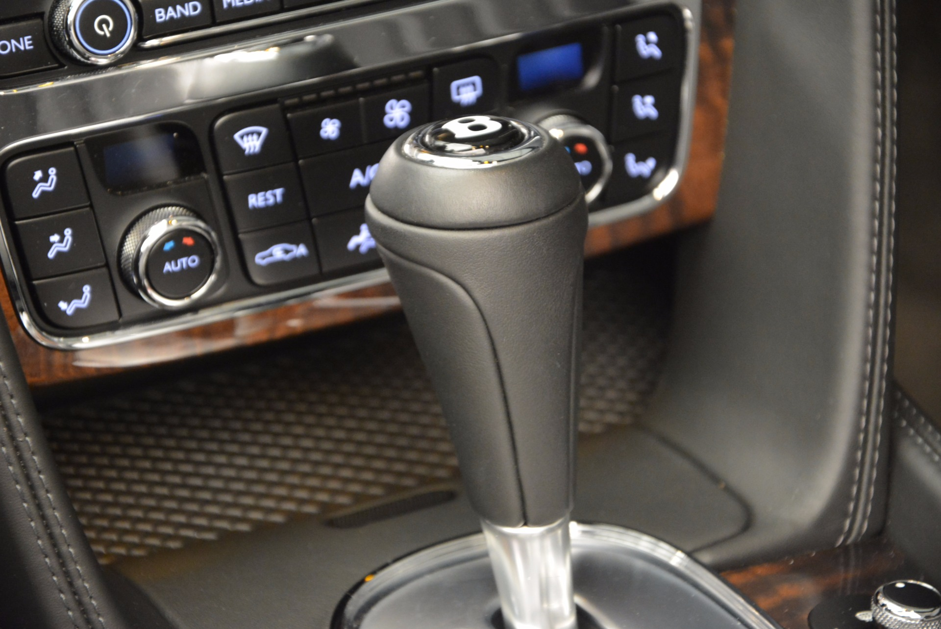 Used 2013 Bentley Continental GT V8 For Sale In Greenwich, CT 844_p43