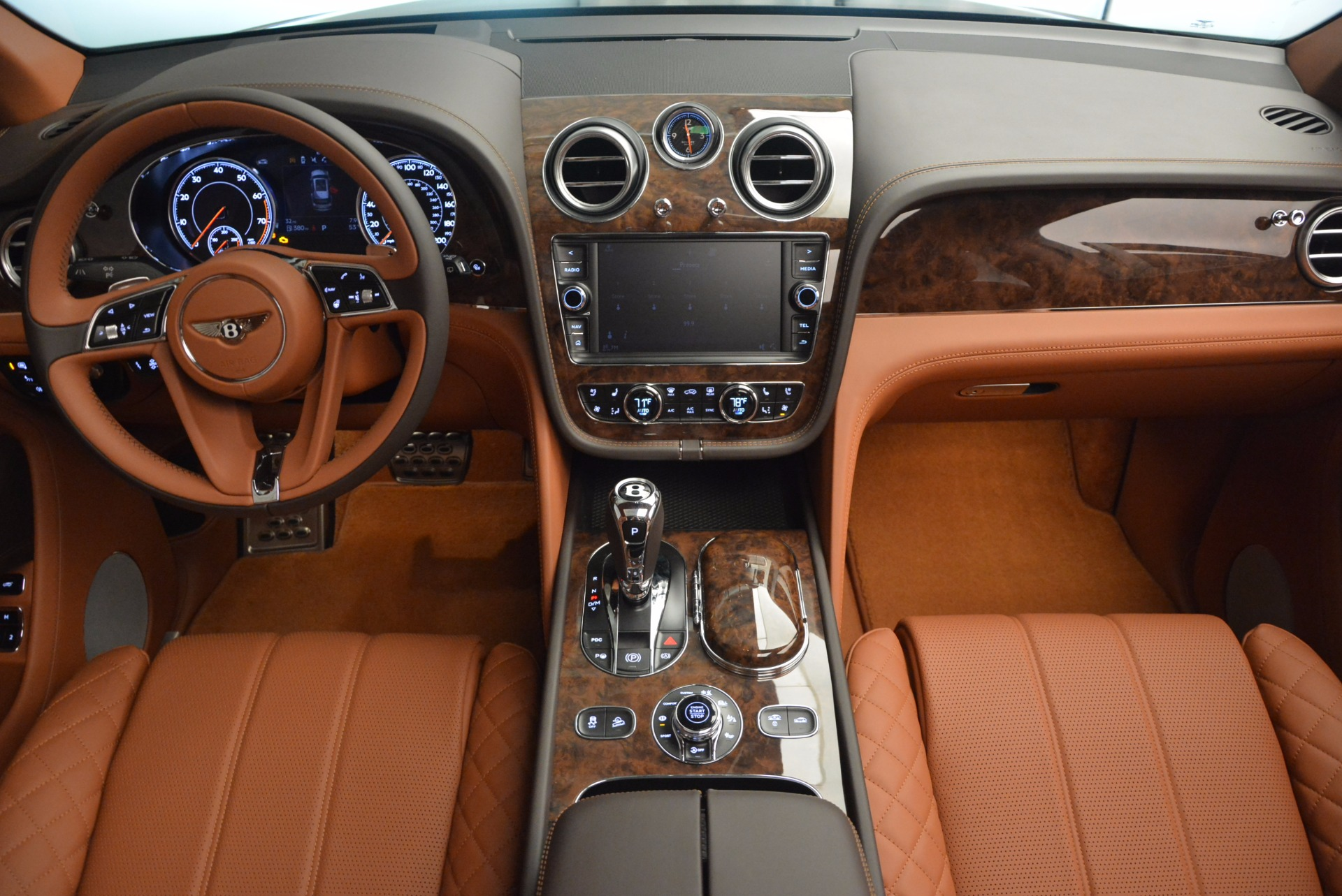 New 2017 Bentley Bentayga  For Sale In Greenwich, CT 852_p50