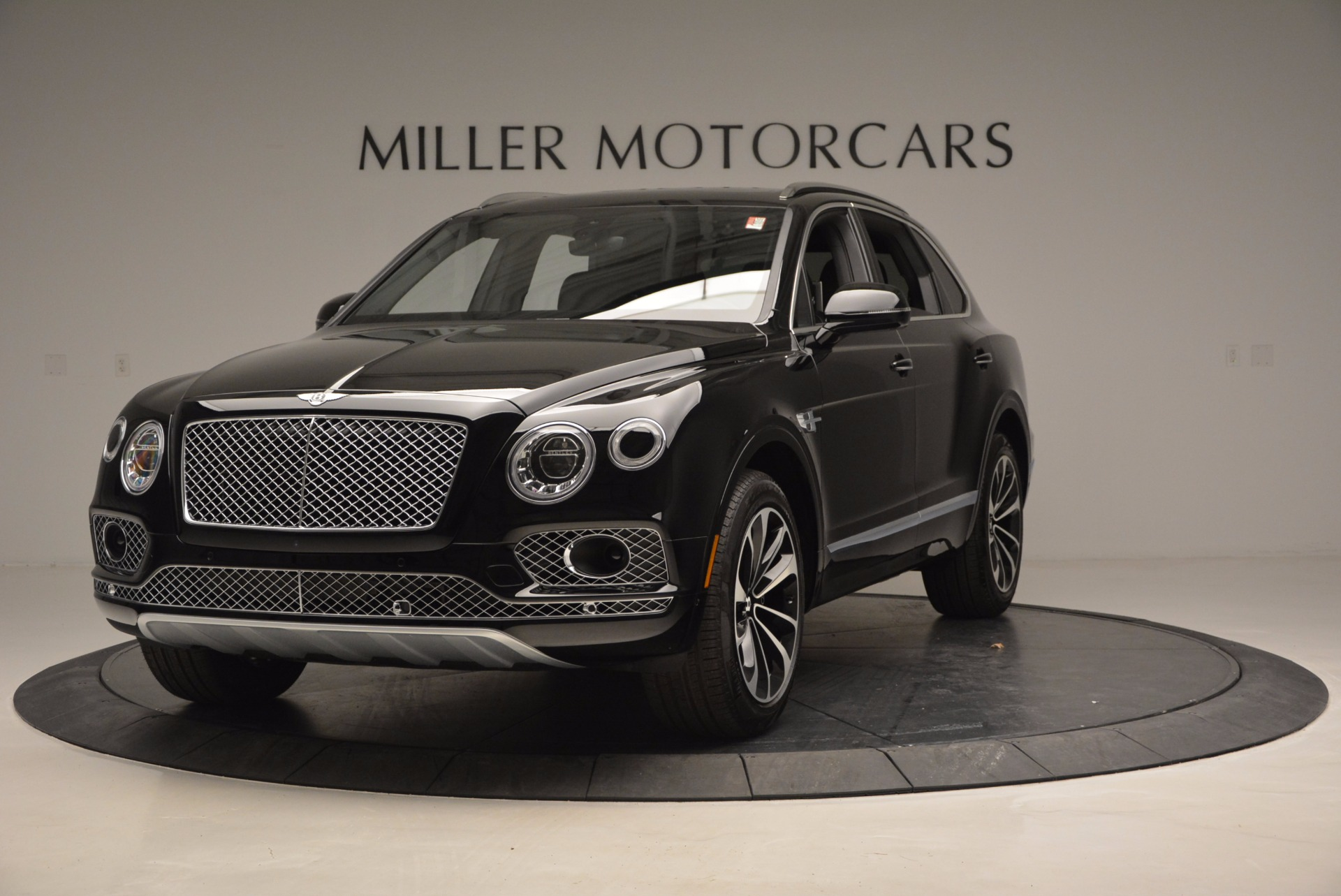 Used 2017 Bentley Bentayga  For Sale In Greenwich, CT