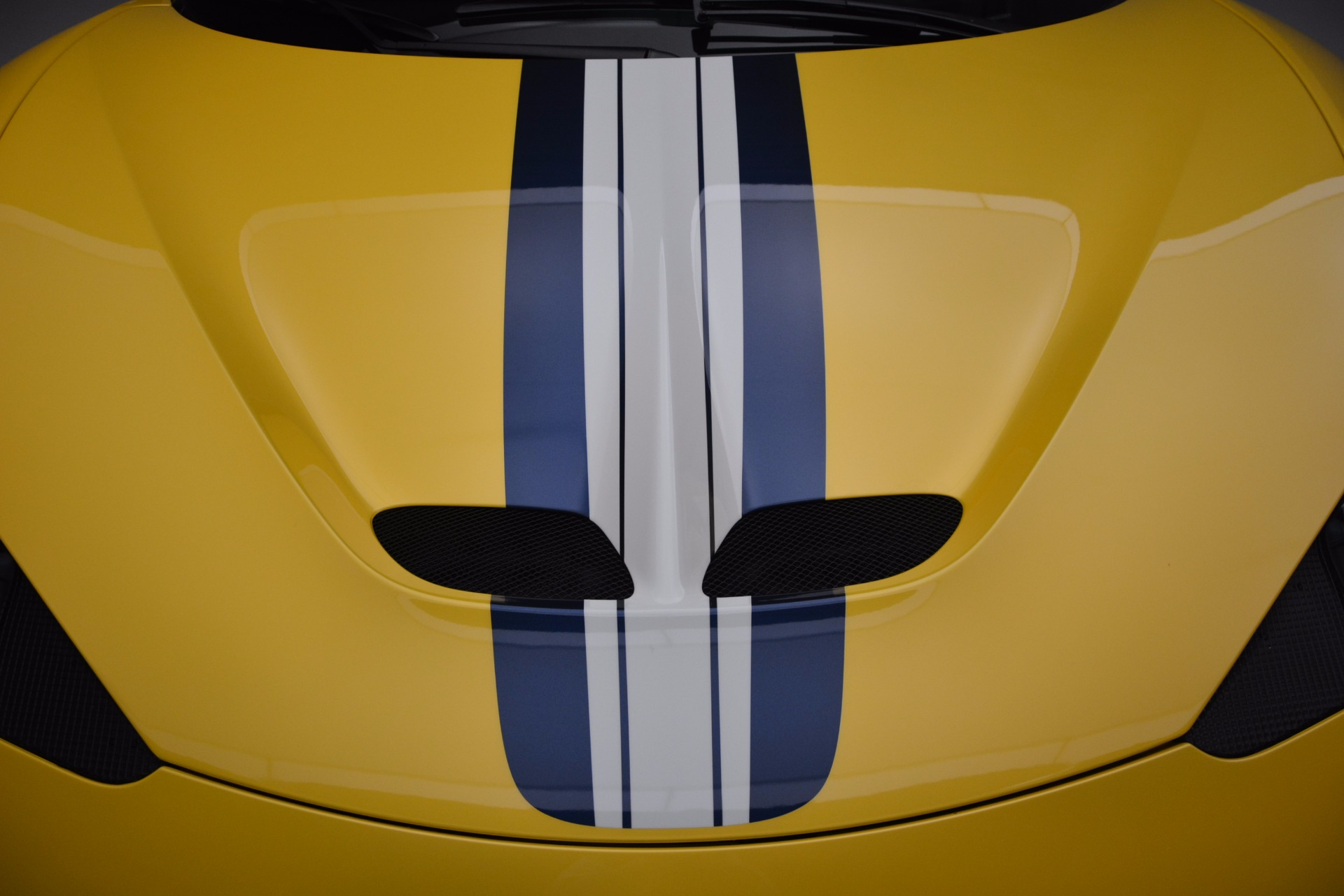 Used 2015 Ferrari 458 Speciale  For Sale In Greenwich, CT 857_p13