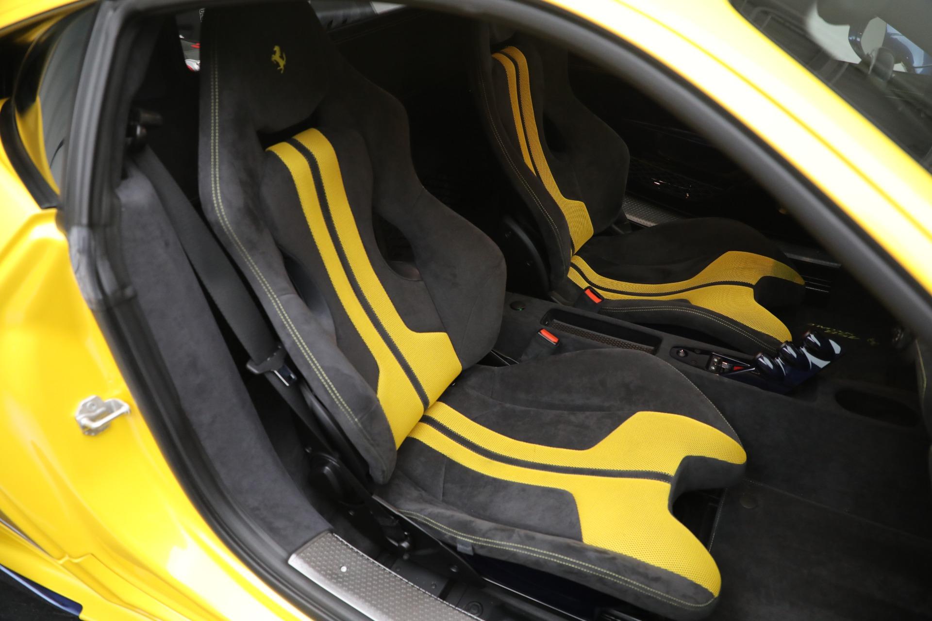 Used 2015 Ferrari 458 Speciale  For Sale In Greenwich, CT 857_p18