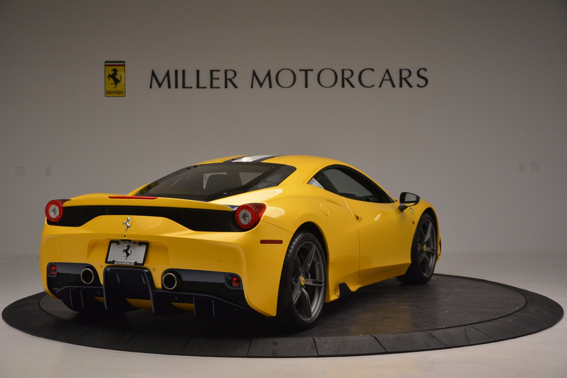 Used 2015 Ferrari 458 Speciale  For Sale In Greenwich, CT 857_p7