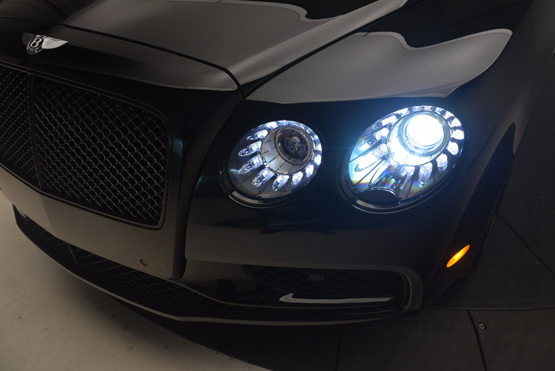 New 2017 Bentley Flying Spur W12 S For Sale In Greenwich, CT 861_p18