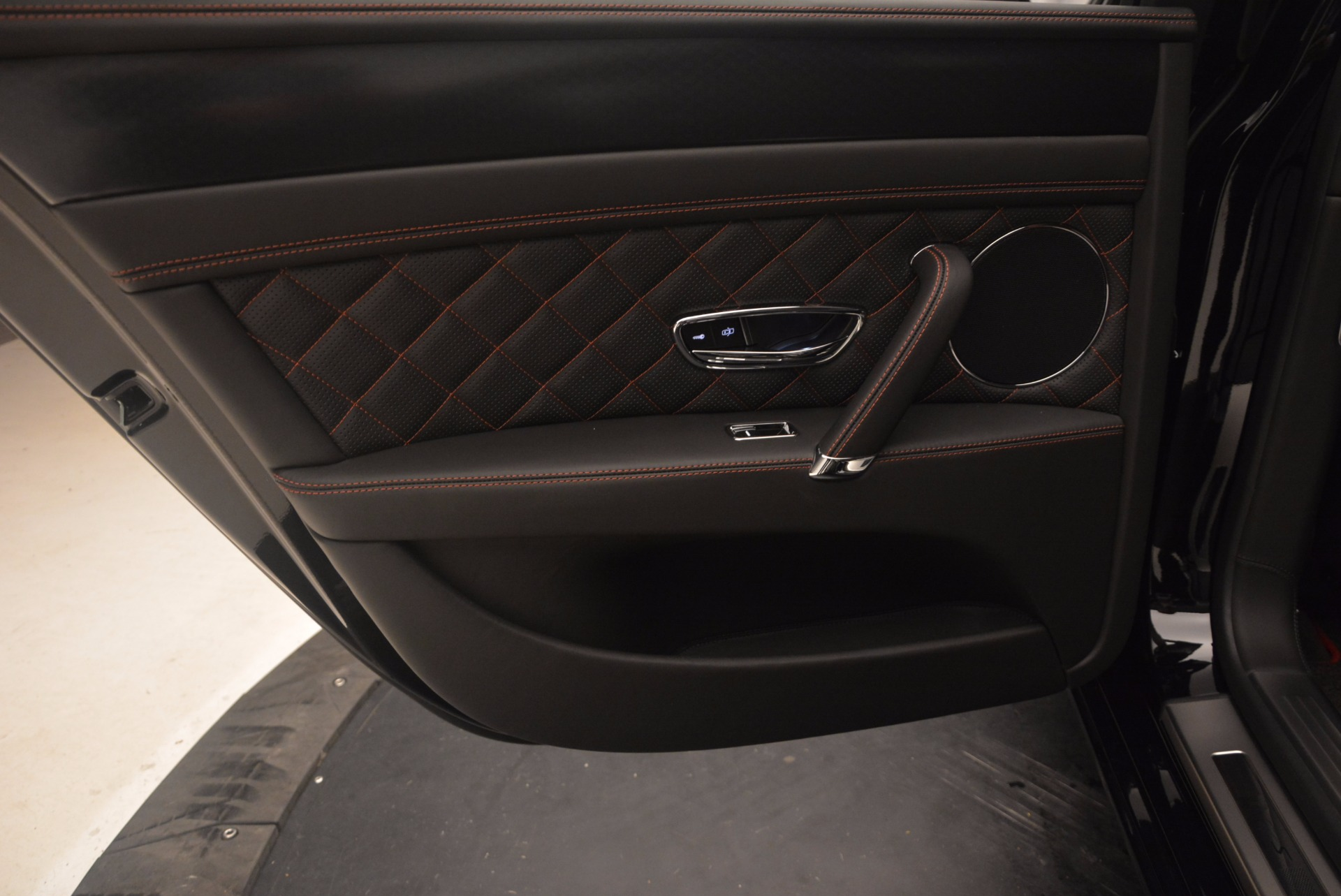 New 2017 Bentley Flying Spur W12 S For Sale In Greenwich, CT 861_p30
