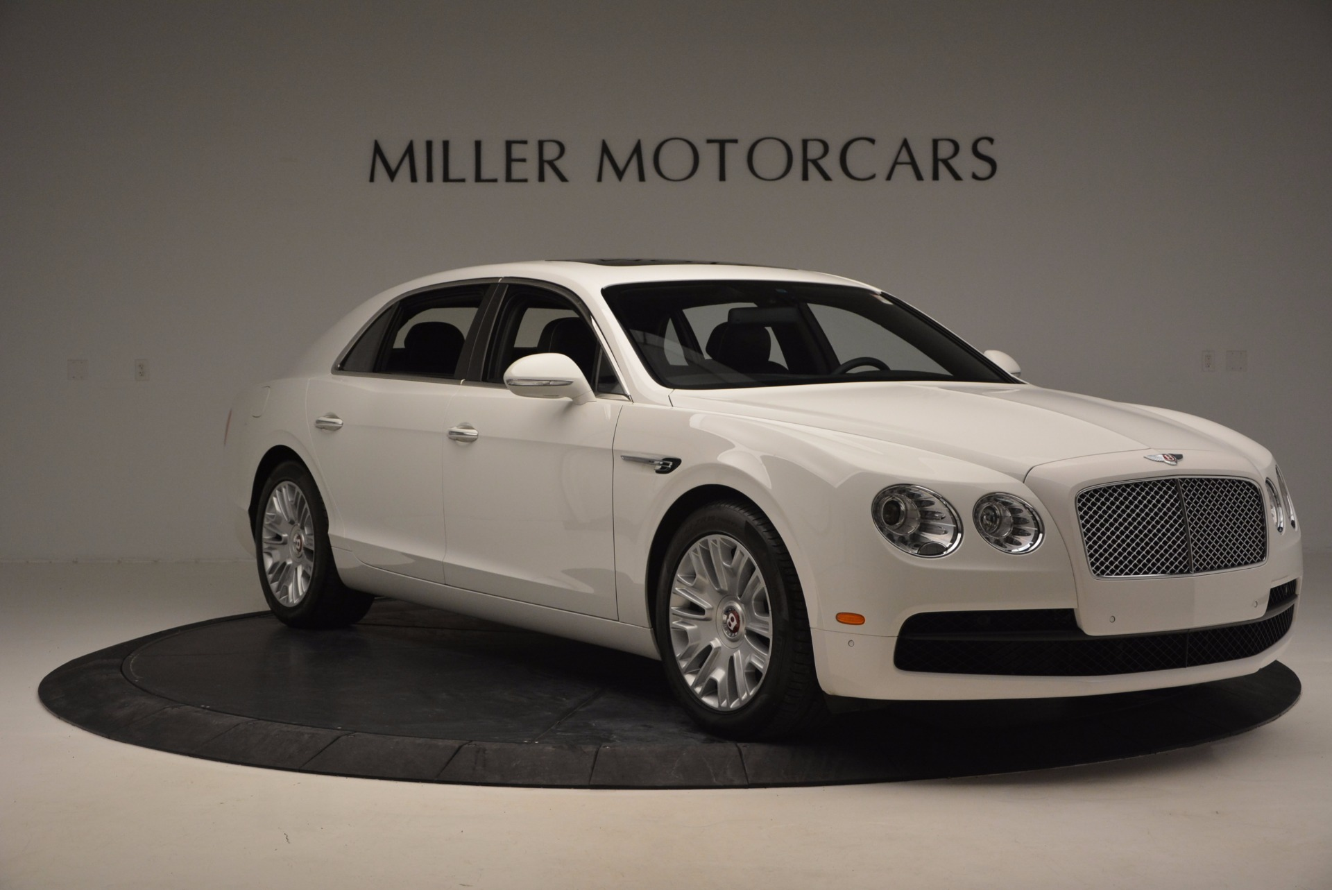 Used 2016 Bentley Flying Spur V8 For Sale In Greenwich, CT 874_p11