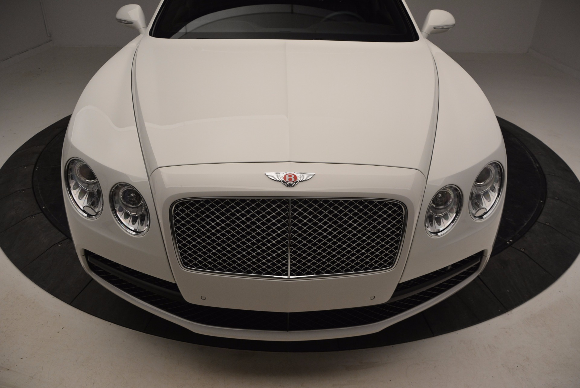 Used 2016 Bentley Flying Spur V8 For Sale In Greenwich, CT 874_p13