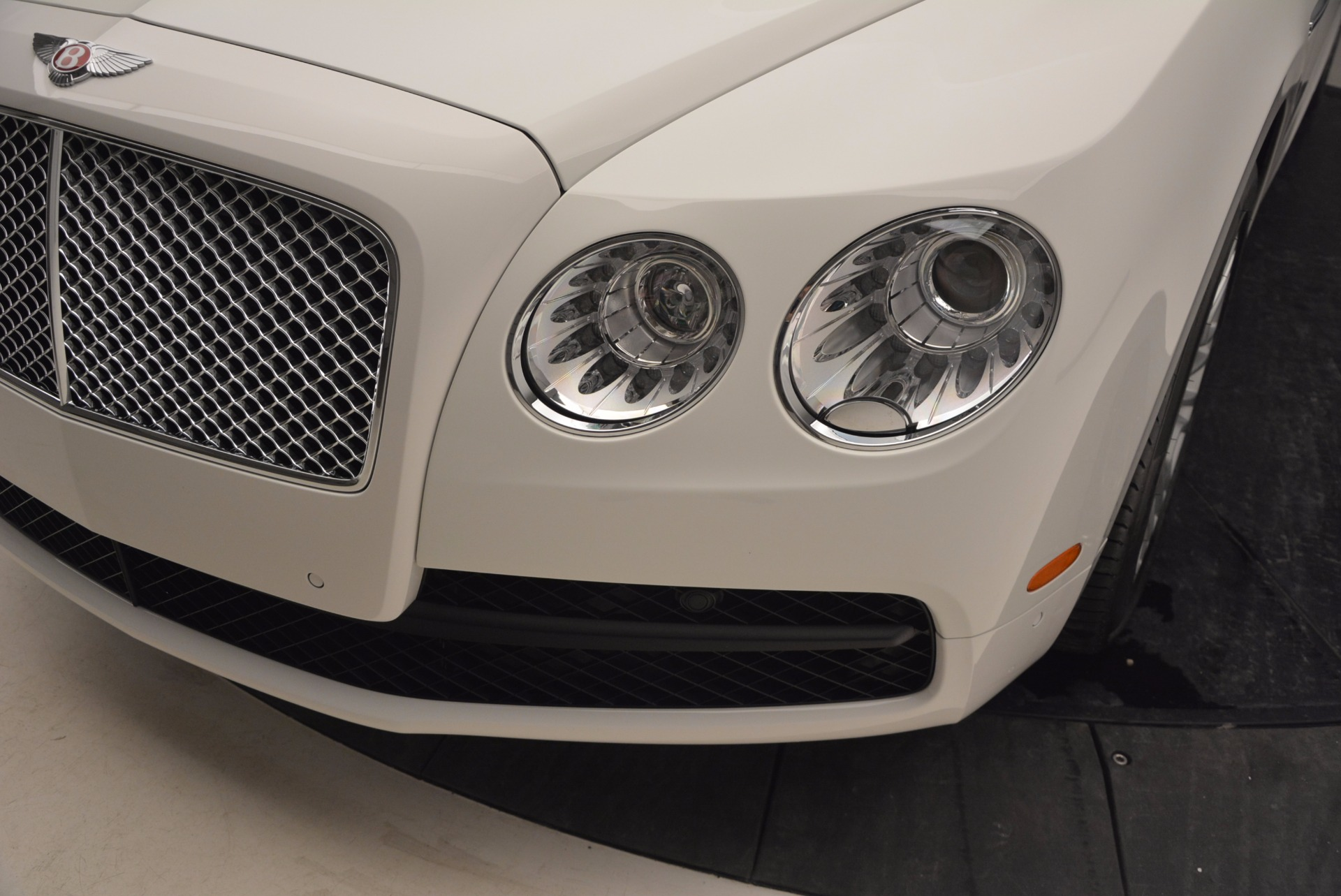 Used 2016 Bentley Flying Spur V8 For Sale In Greenwich, CT 874_p14
