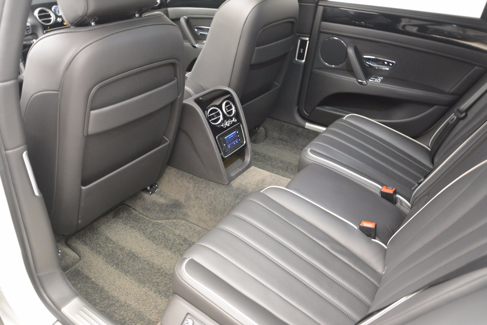 Used 2016 Bentley Flying Spur V8 For Sale In Greenwich, CT 874_p31
