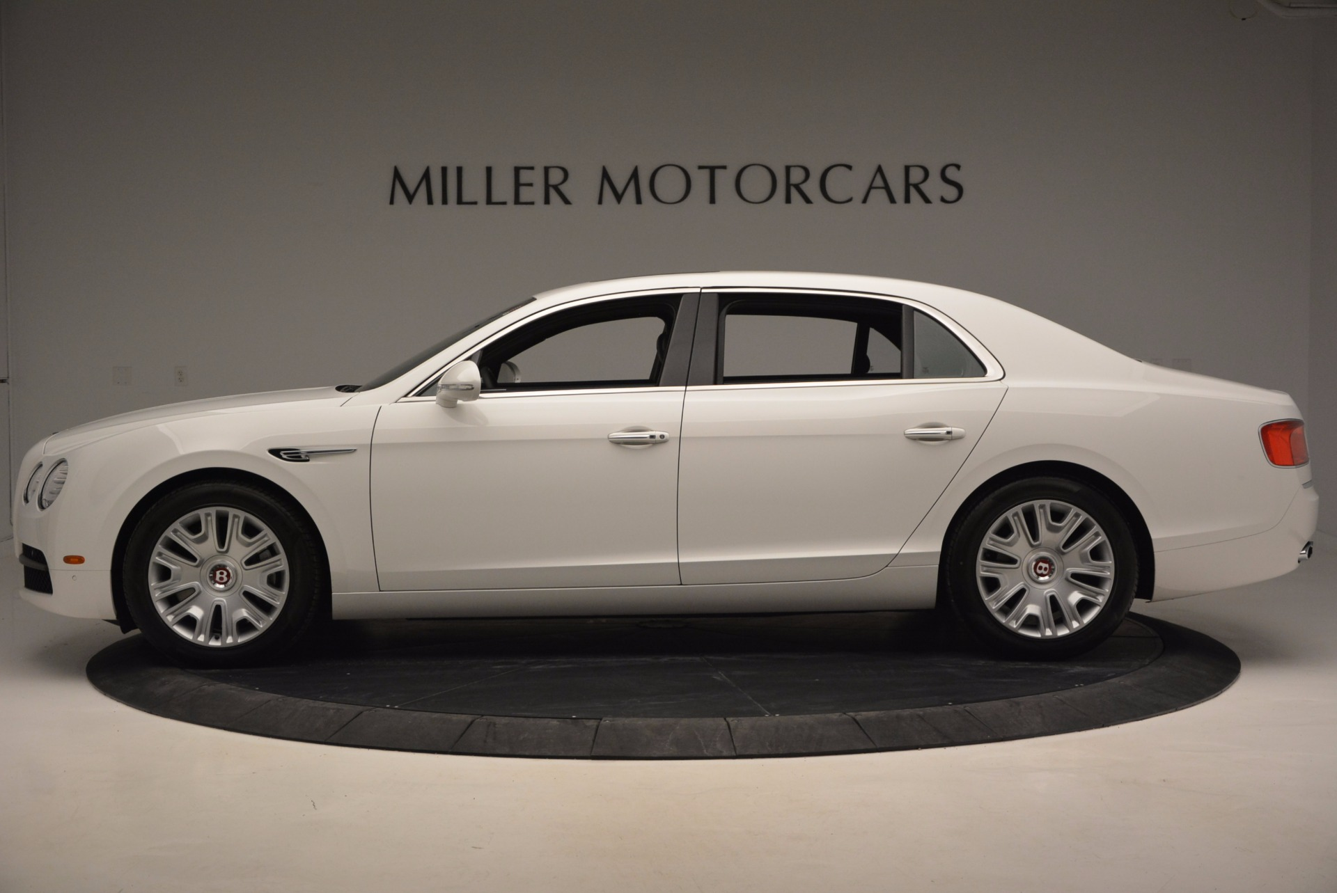 Used 2016 Bentley Flying Spur V8 For Sale In Greenwich, CT 874_p3