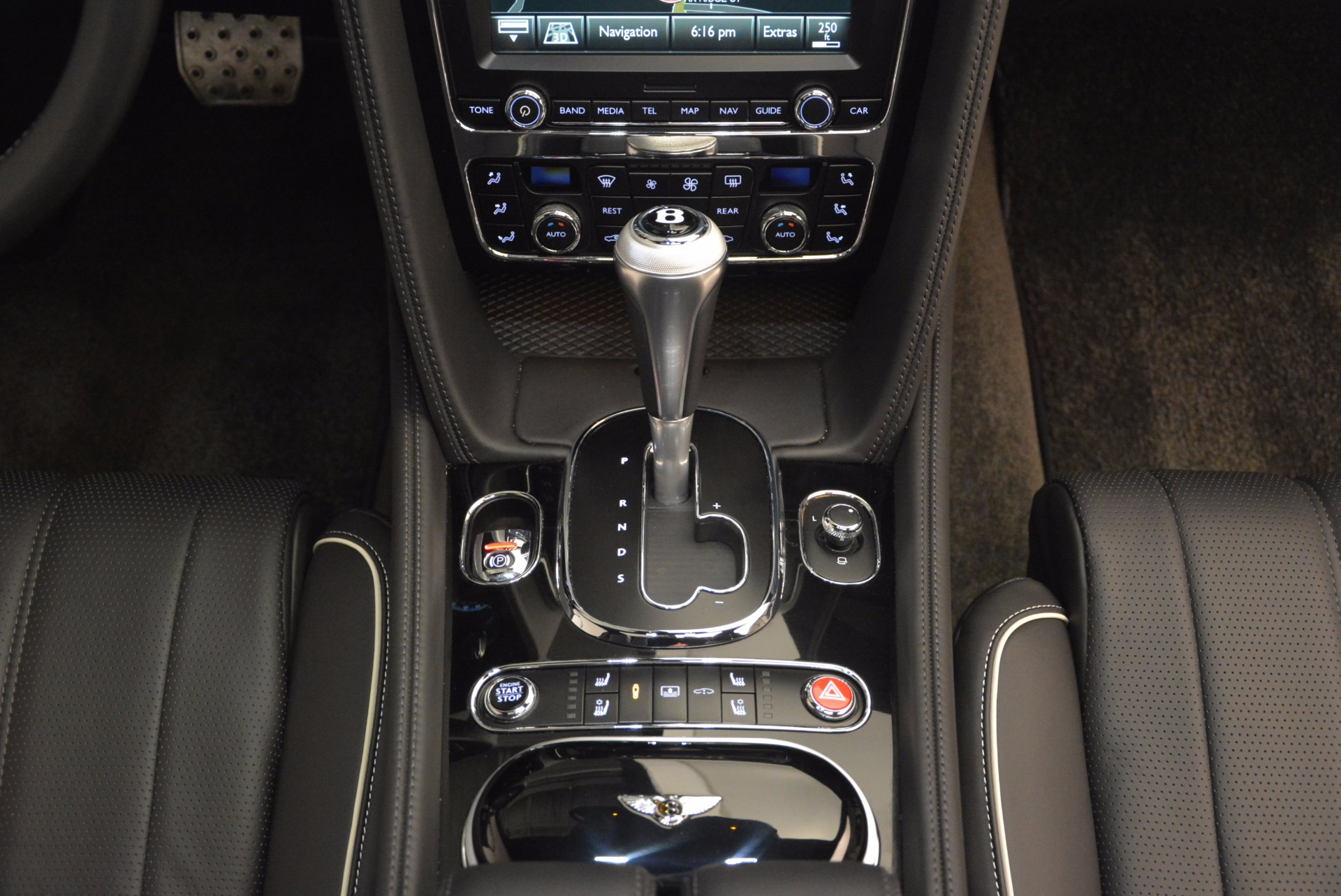 Used 2016 Bentley Flying Spur V8 For Sale In Greenwich, CT 874_p44