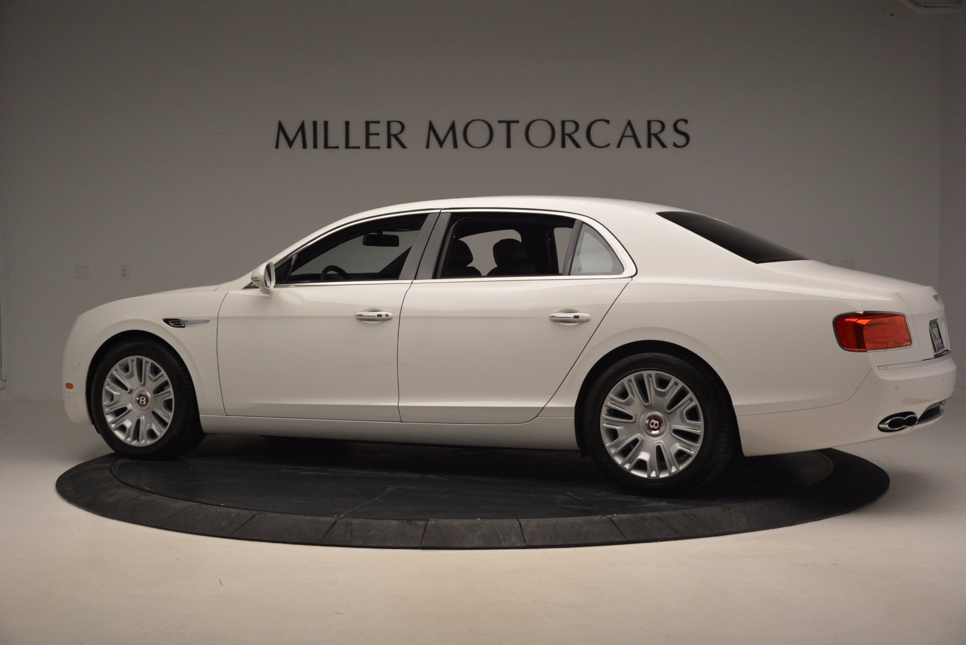 Used 2016 Bentley Flying Spur V8 For Sale In Greenwich, CT 874_p4